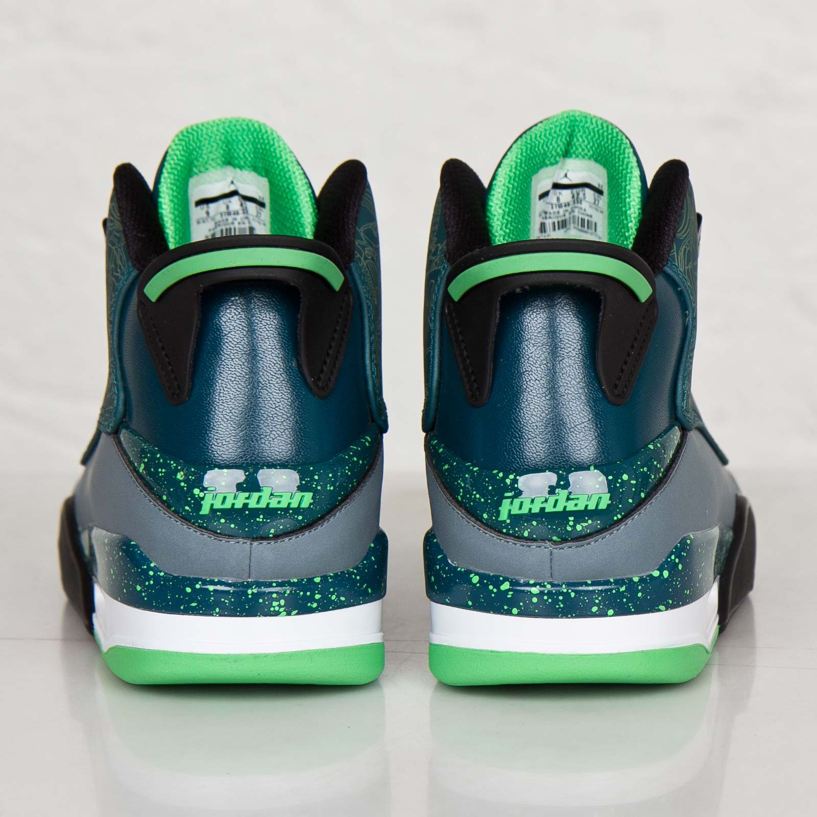 b34a4d079578f1 Jordan Brand Air Jordan Dub Zero - 311046-330 - Sneakersnstuff ...