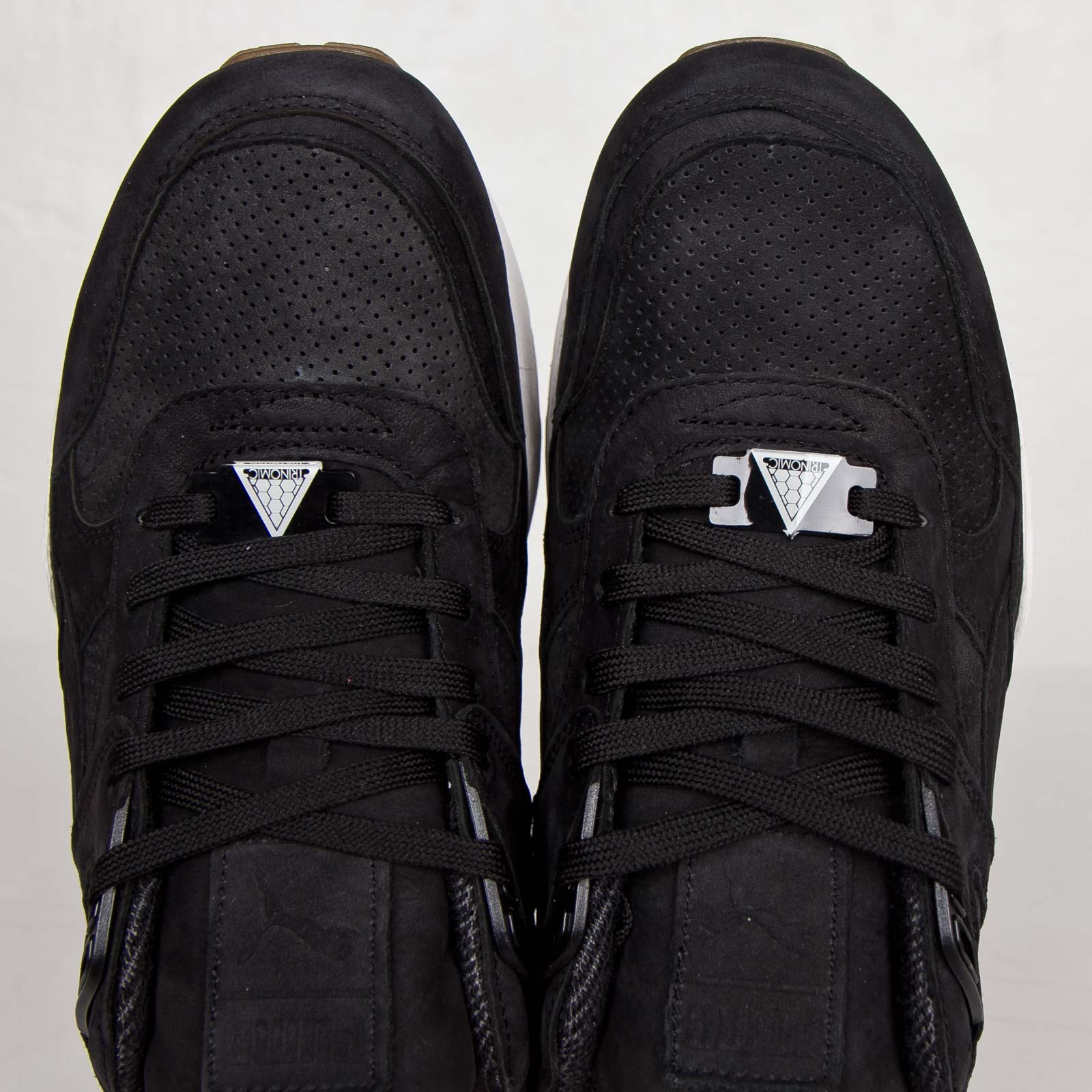 dd709f05ba6 Puma R698 Perf Pack - 359314-01 - Sneakersnstuff