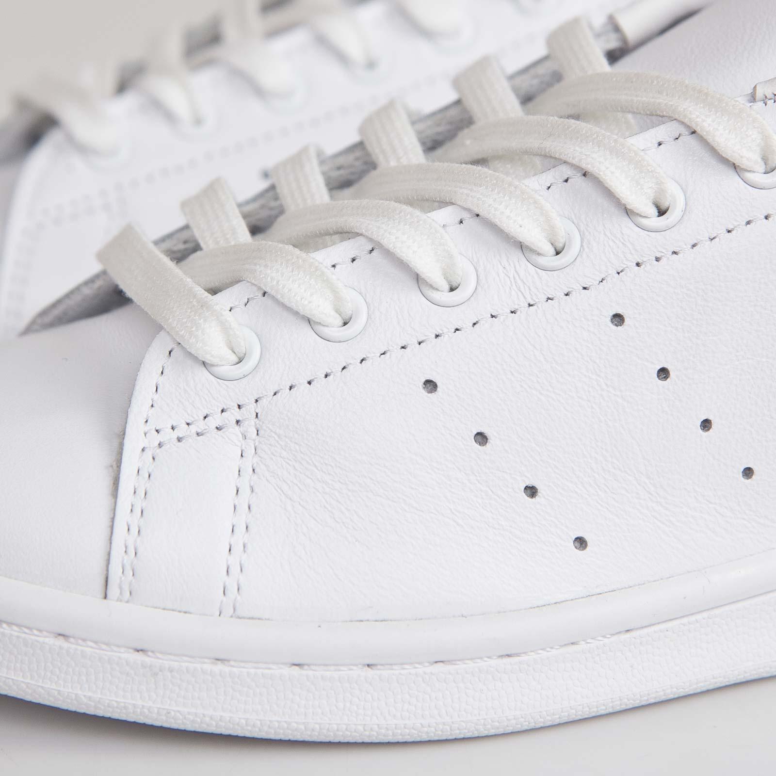 new style 9b253 add58 adidas Haillet Hyke - B26101 - Sneakersnstuff   sneakers   streetwear en  ligne depuis 1999
