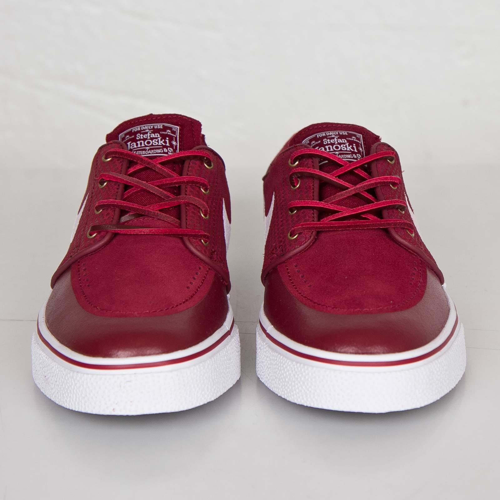 check out e348e d2f41 Nike Zoom Stefan Janoski Premium SE - 631298-611 - Sneakersnstuff    sneakers   streetwear online since 1999