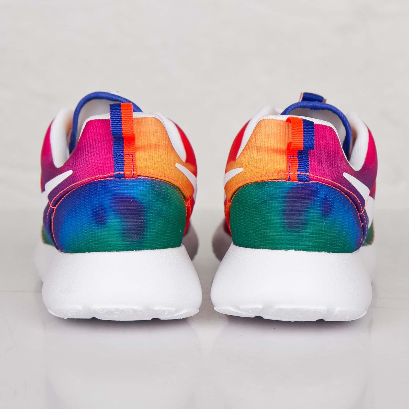 72e44adc6f62e Nike Roshe Run Print - 655206-518 - Sneakersnstuff