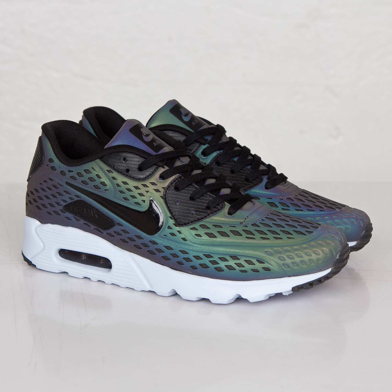 Air Max 90 Ultra Moire Iridescent nike air max 90 ultra moire qs - 777427-200 - sneakersnstuff