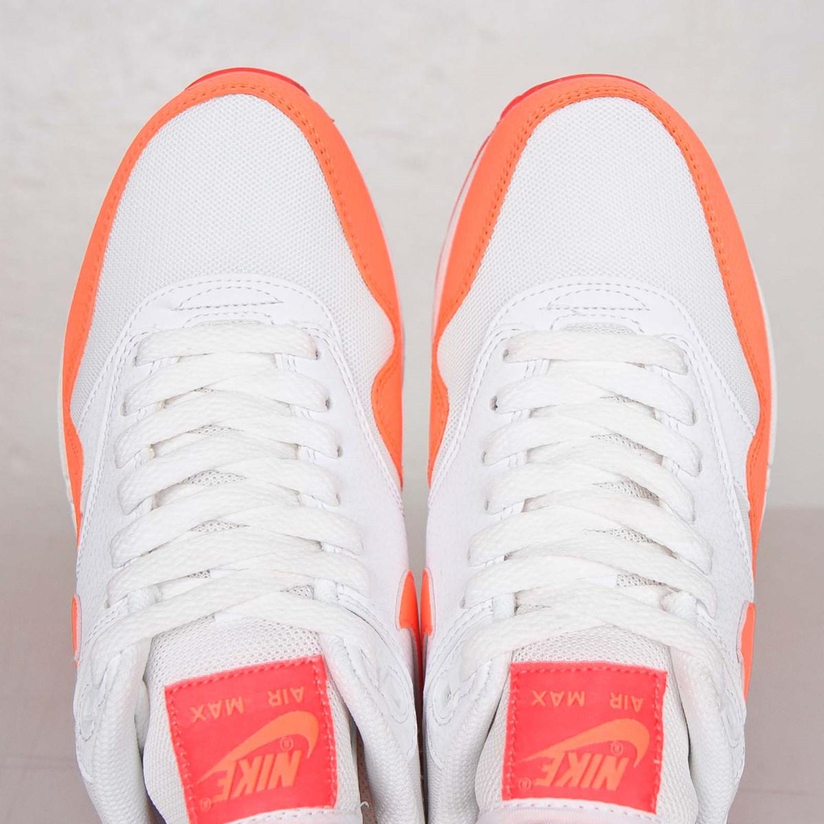 best website a83f0 bff78 Nike Wmns Air Max 1 Essential - 599820-114 - Sneakersnstuff   sneakers    streetwear på nätet sen 1999