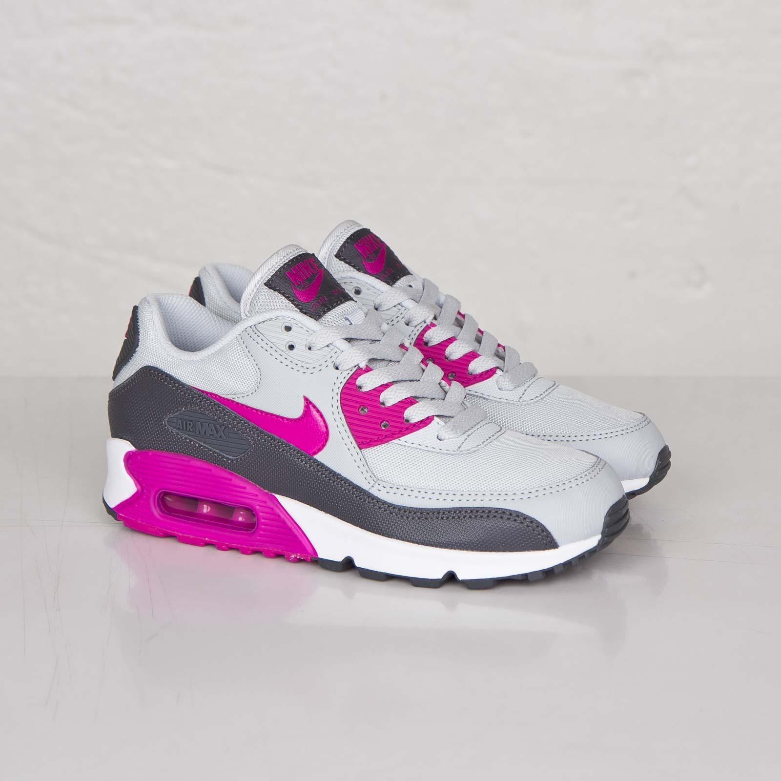 Nike Wmns Air Max 90 Essential 616730 013 Sneakersnstuff
