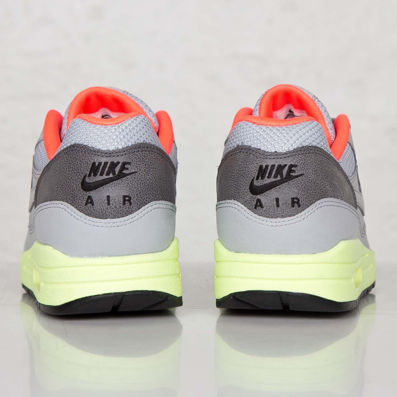 6057228560 Nike Air Max 1 FB - 579920-005 - Sneakersnstuff | sneakers & streetwear  online since 1999
