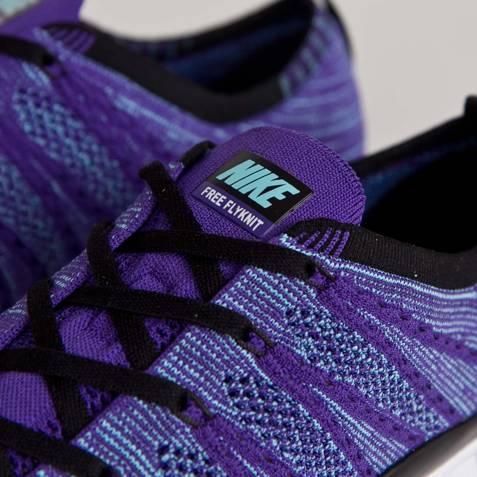 detailed look d9b55 103ae Nike Free Flyknit NSW - 7. Close