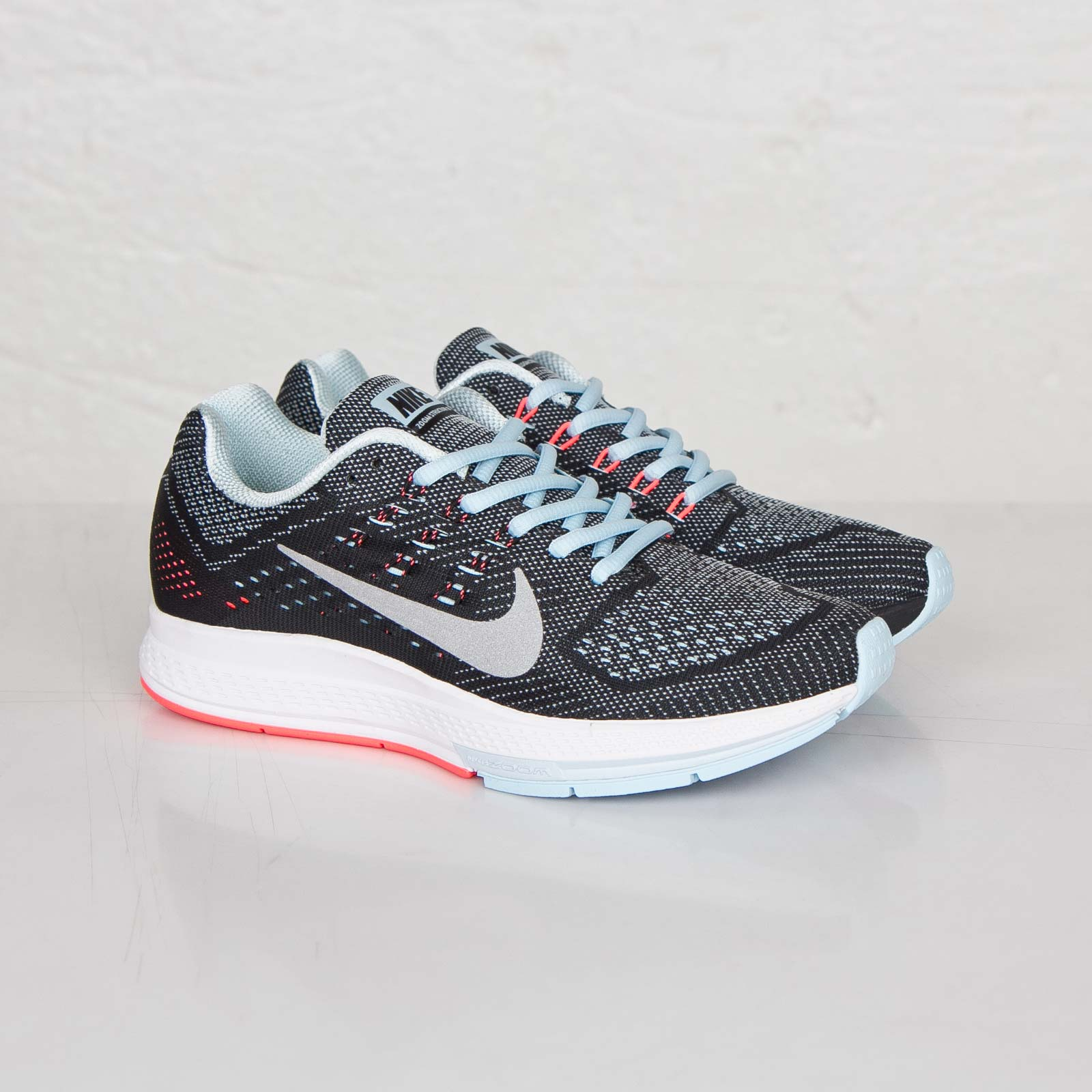 new concept 64b56 ad2a0 Nike W Air Zoom Structure 18