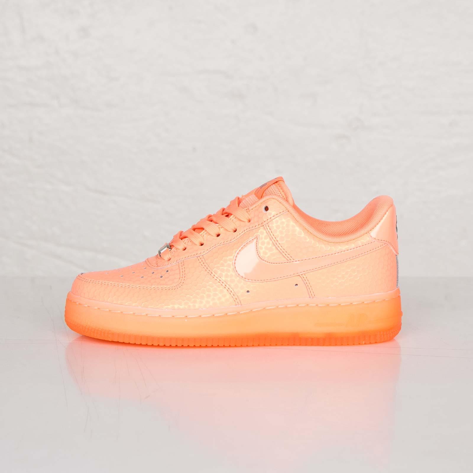 Nike Wmns Air Force 1 07 Premium 616725 800