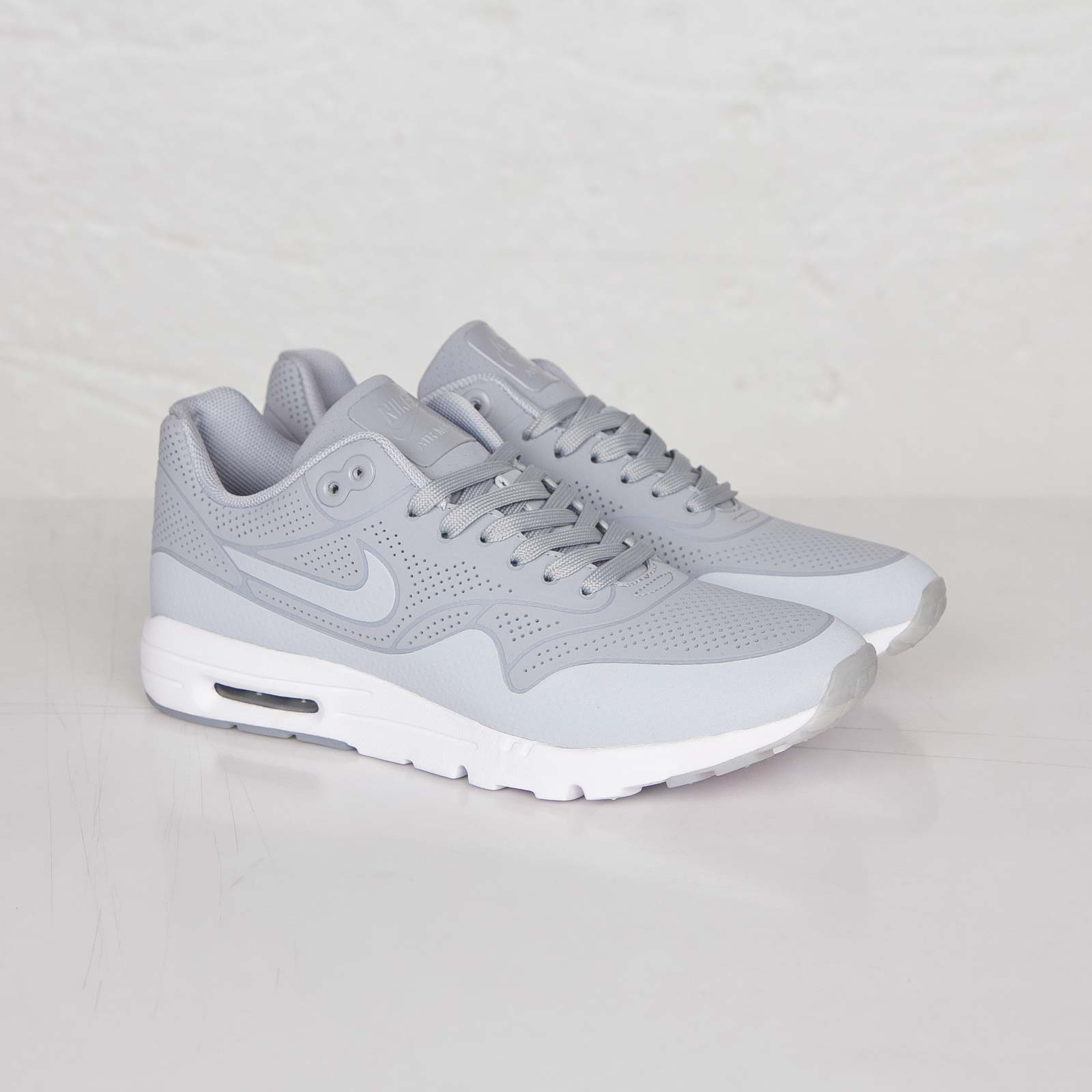 6eac3837bbdeb0 Nike Wmns Air Max 1 Ultra Moire - 704995-002 - Sneakersnstuff ...