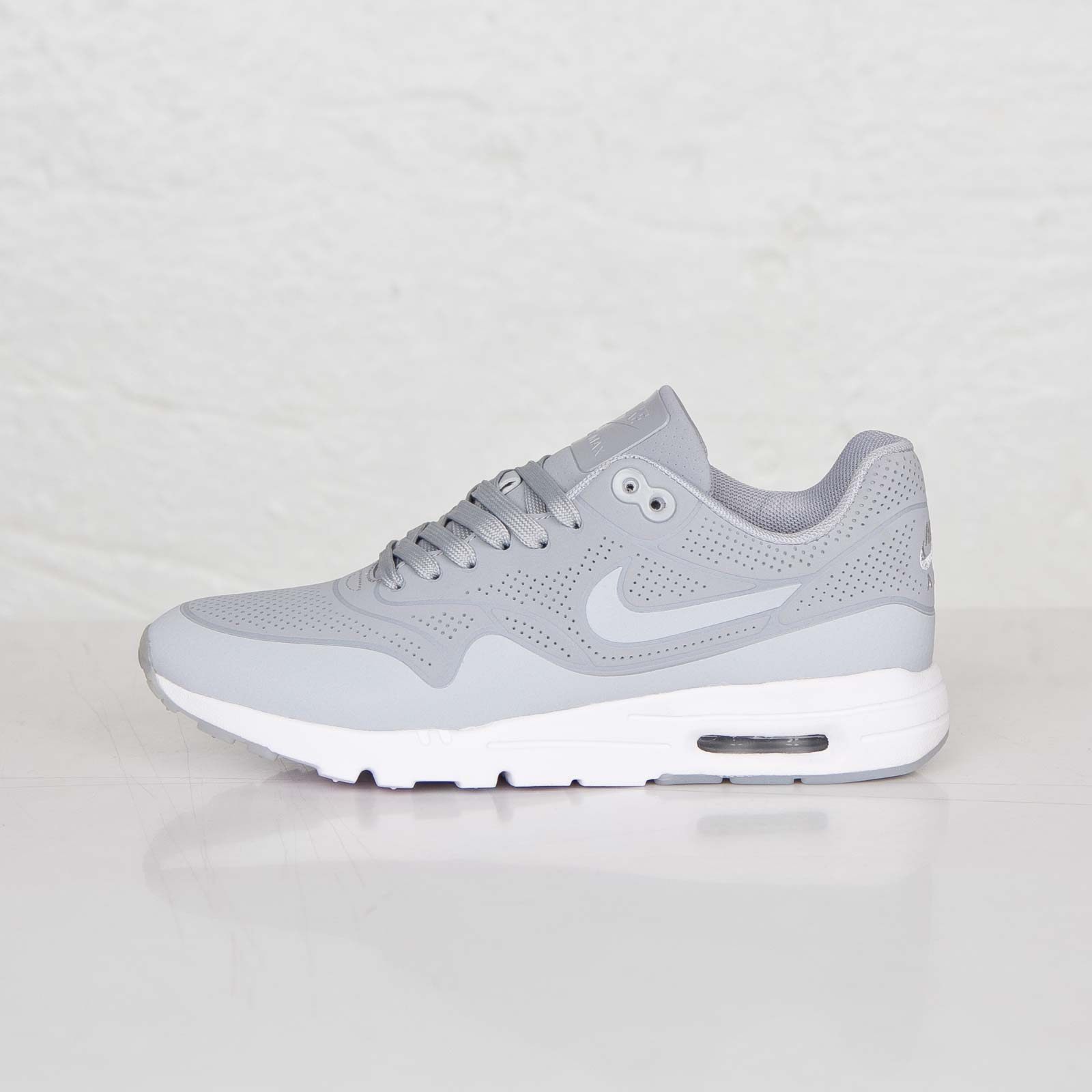 huge discount a0aa6 f6822 Nike Wmns Air Max 1 Ultra Moire - 7. Close