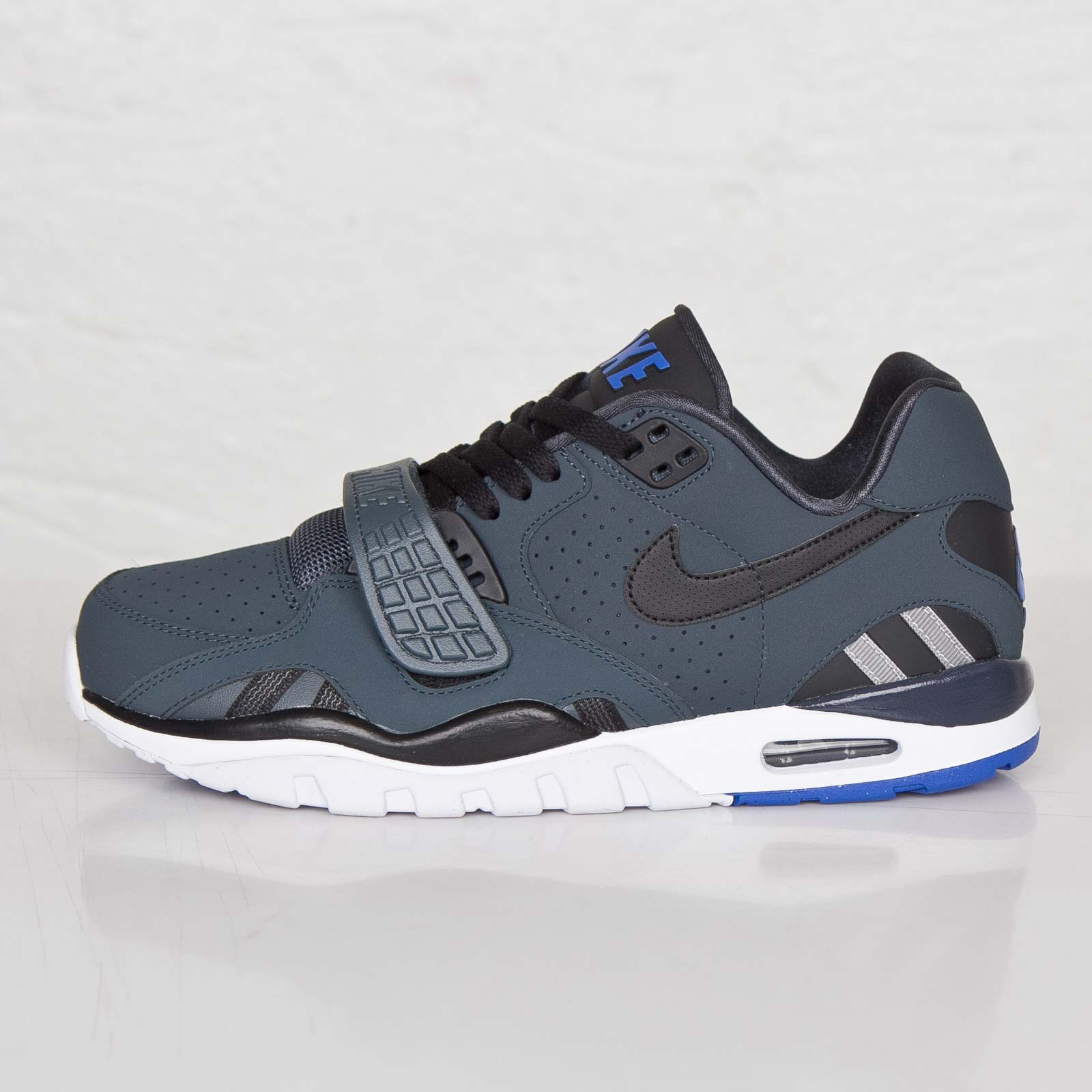 new styles 6f32c 9f3a3 Nike Air Trainer SC II Low - 7. Close