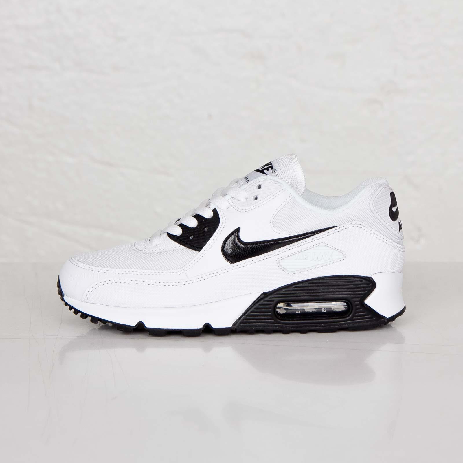 de95e6b9f8c Nike Wmns Air Max 90 Essential - 616730-110 - Sneakersnstuff ...