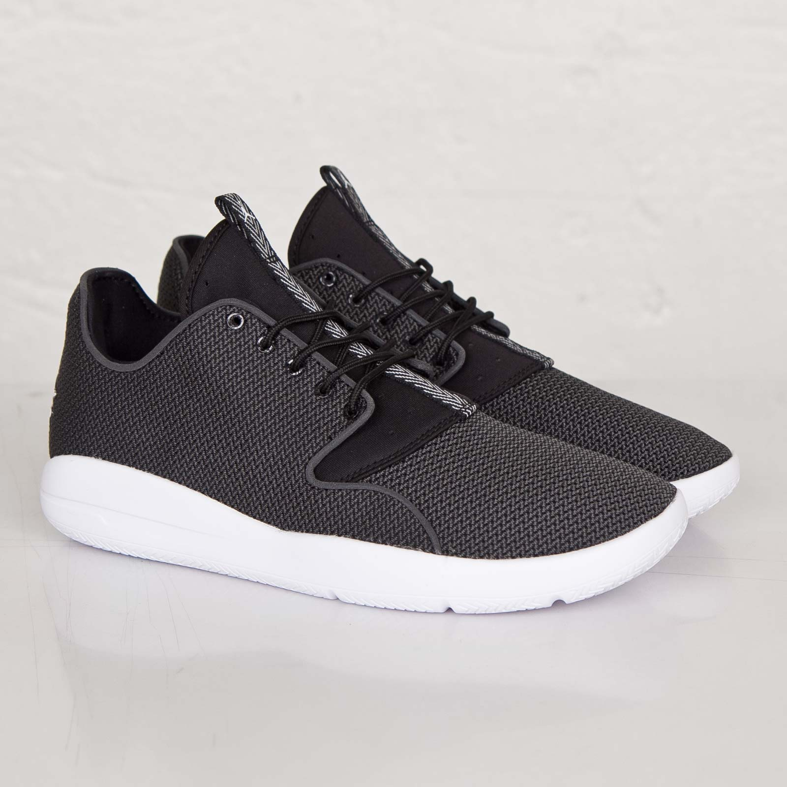 71938b102 Jordan Brand Jordan Eclipse - 724010-010 - Sneakersnstuff