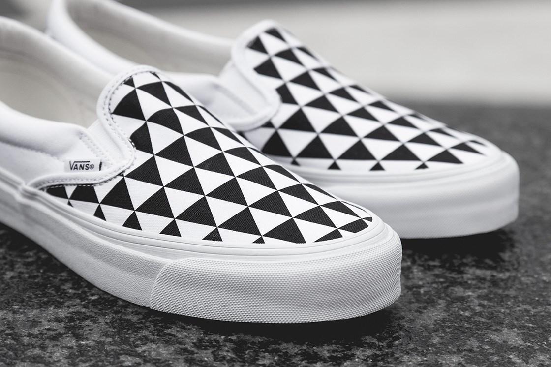vans checkerboard slip on limited