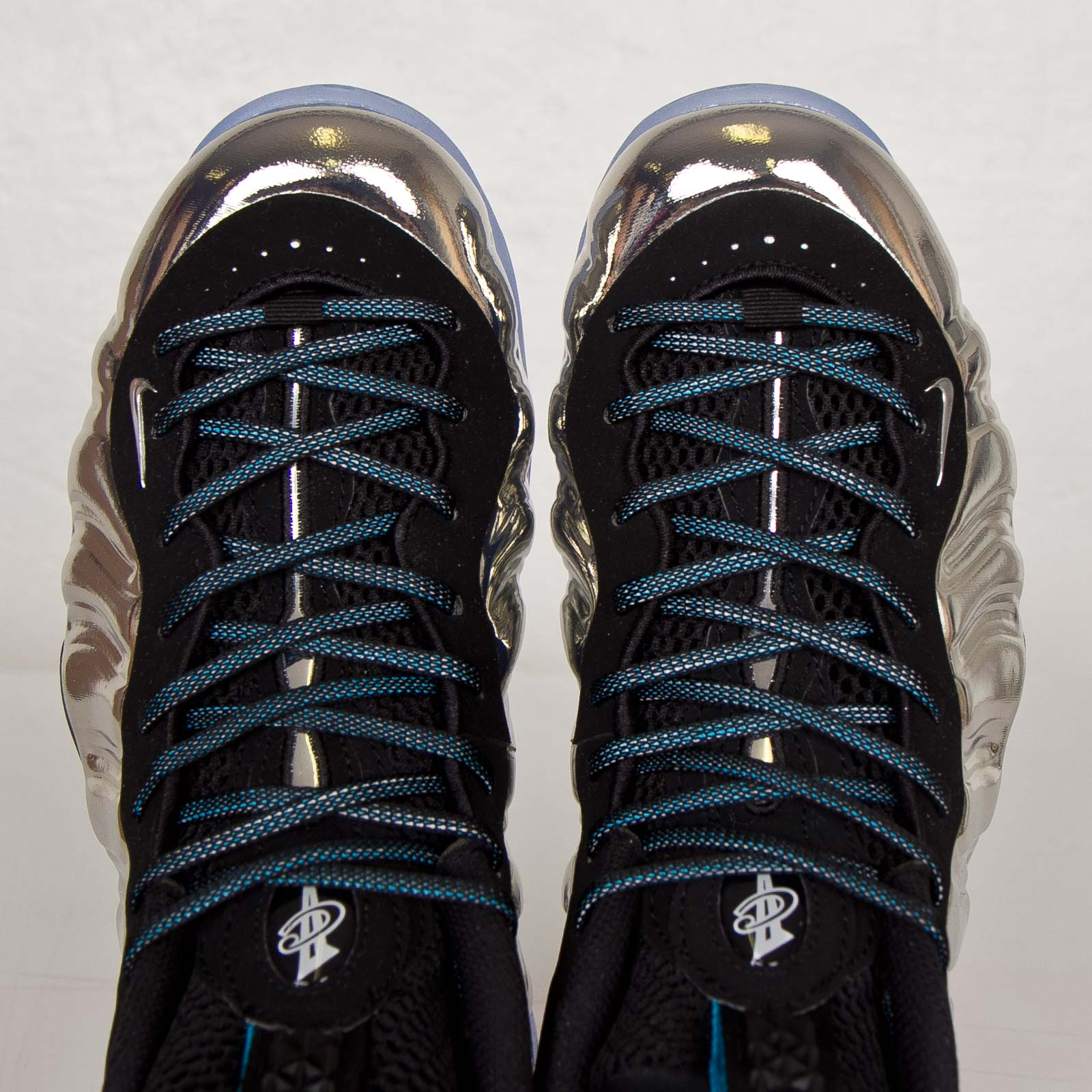 Sneaker of the Week: Nike Air Foamposite One Blue Mirror