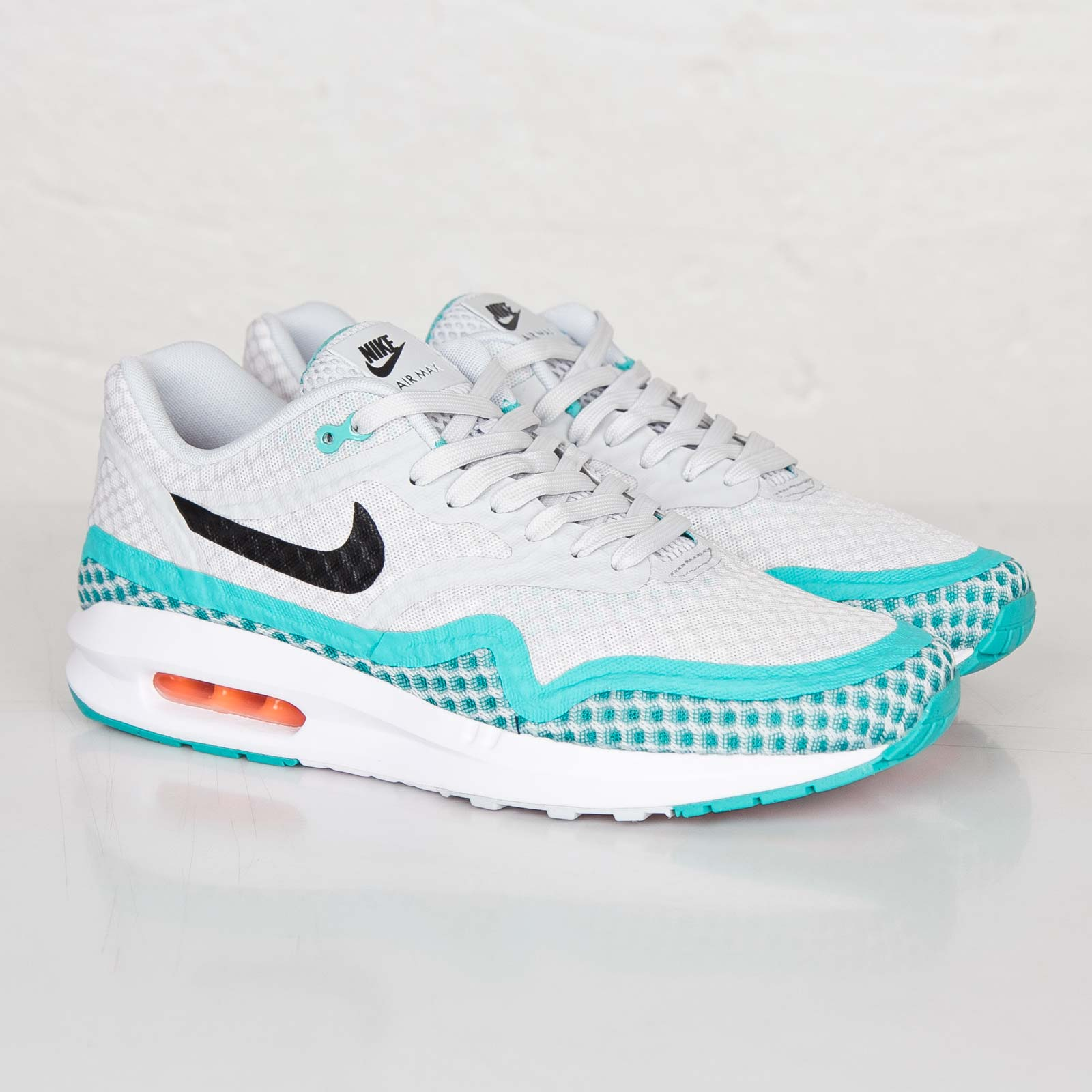 newest e45ef e7440 Nike Air Max Lunar1 Breeze
