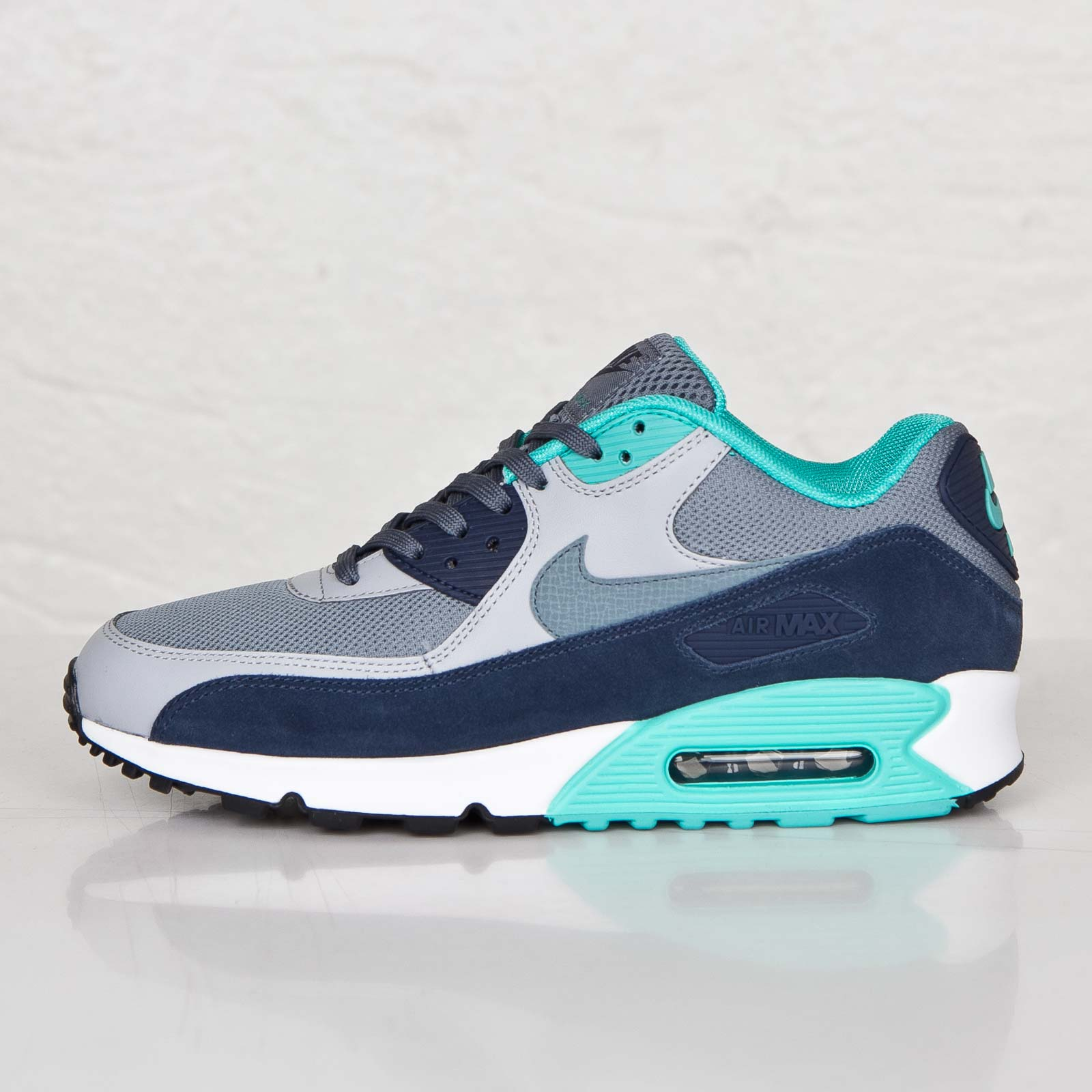 newest 17dd3 4f593 Nike Air Max 90 Essential - 7. Close