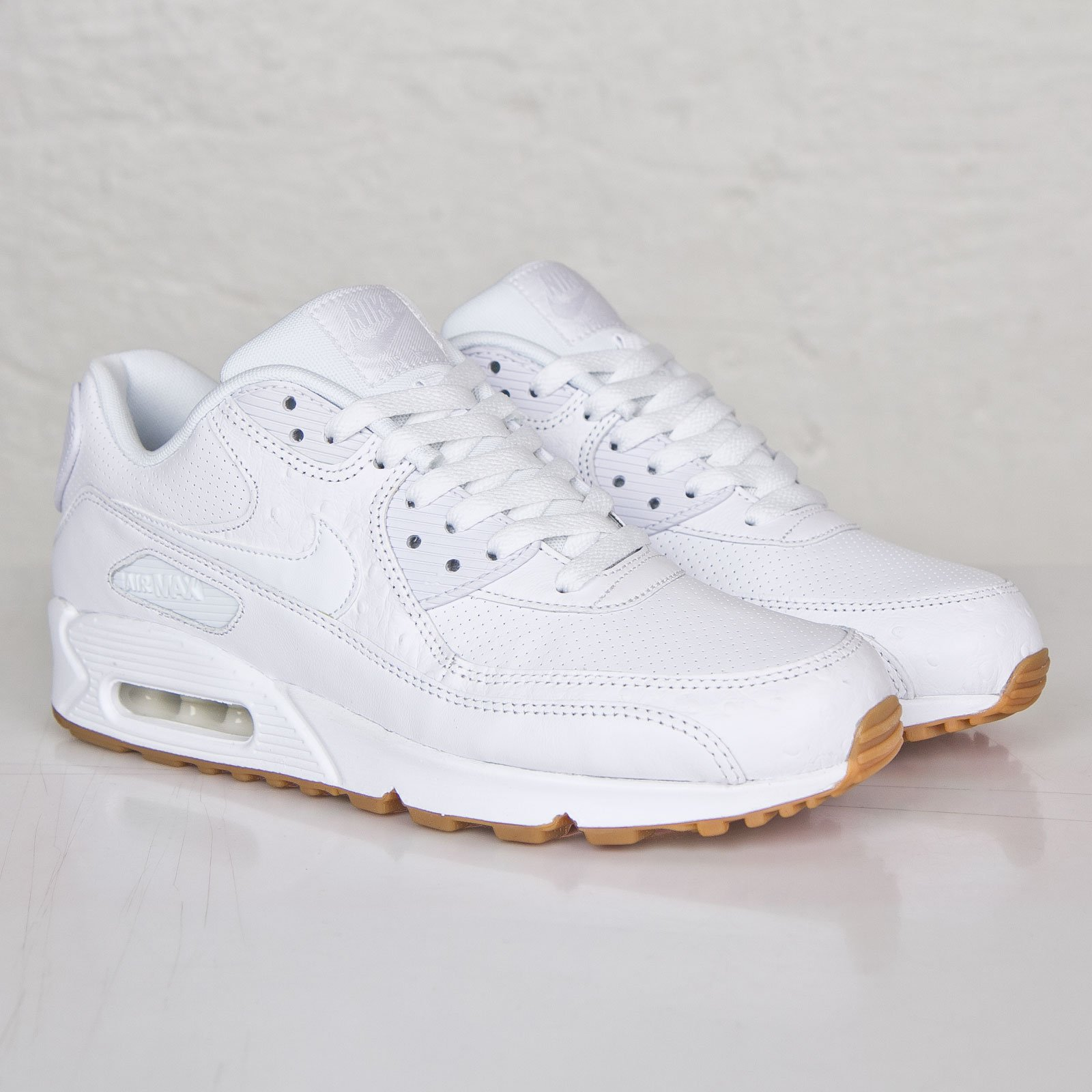 énorme réduction e0827 472f1 Nike Air Max 90 Leather PA - 705012-111 - Sneakersnstuff ...