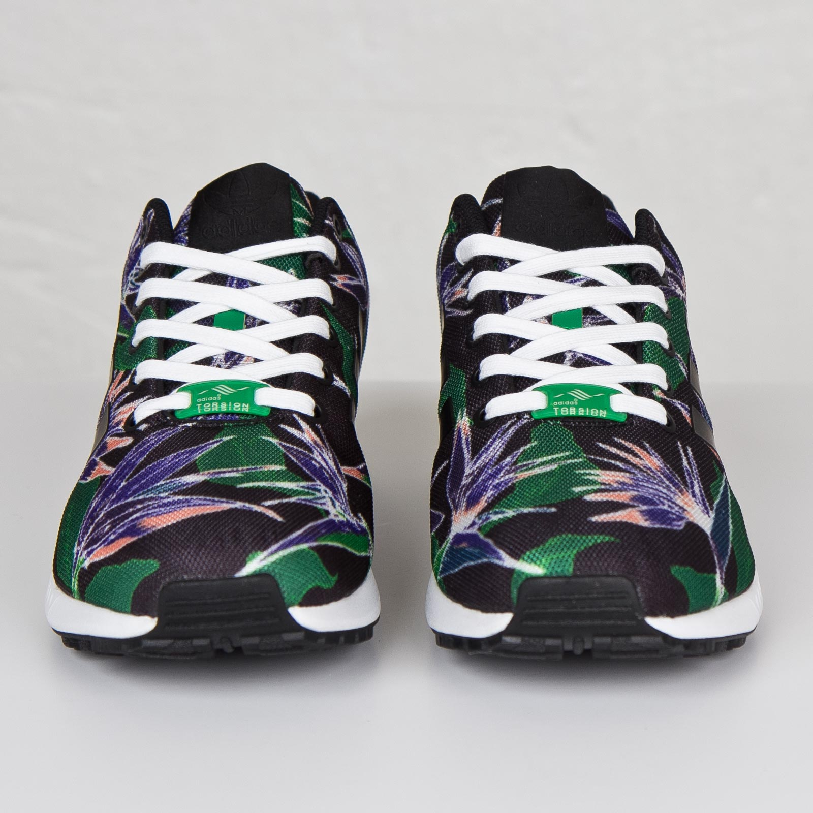 quality design e9516 efb40 adidas ZX Flux - B34518 - Sneakersnstuff | sneakers ...
