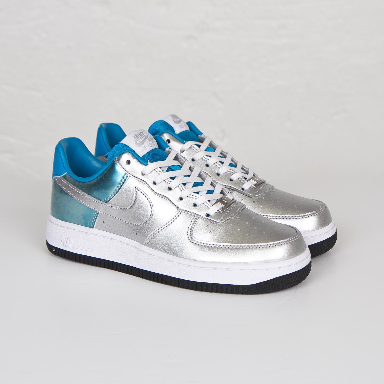 online retailer 8b4ed d1baf Nike Wmns Air Force 1 07 Premium QS