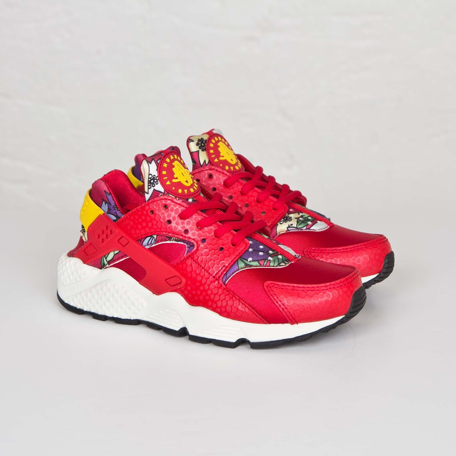 042c8c9845c4e Nike Wmns Air Huarache Run Print - 725076-601 - Sneakersnstuff ...