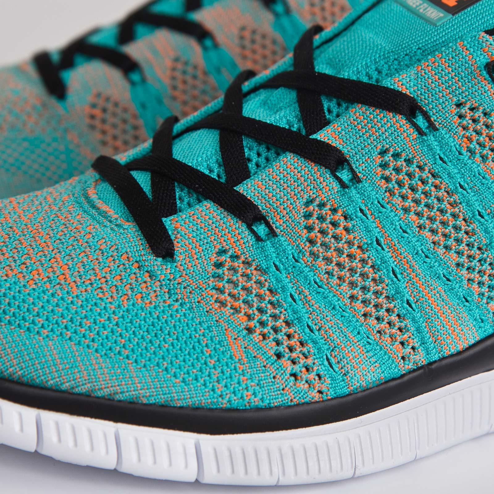 Nike Free Flyknit NSW 599459 301 Sneakersnstuff