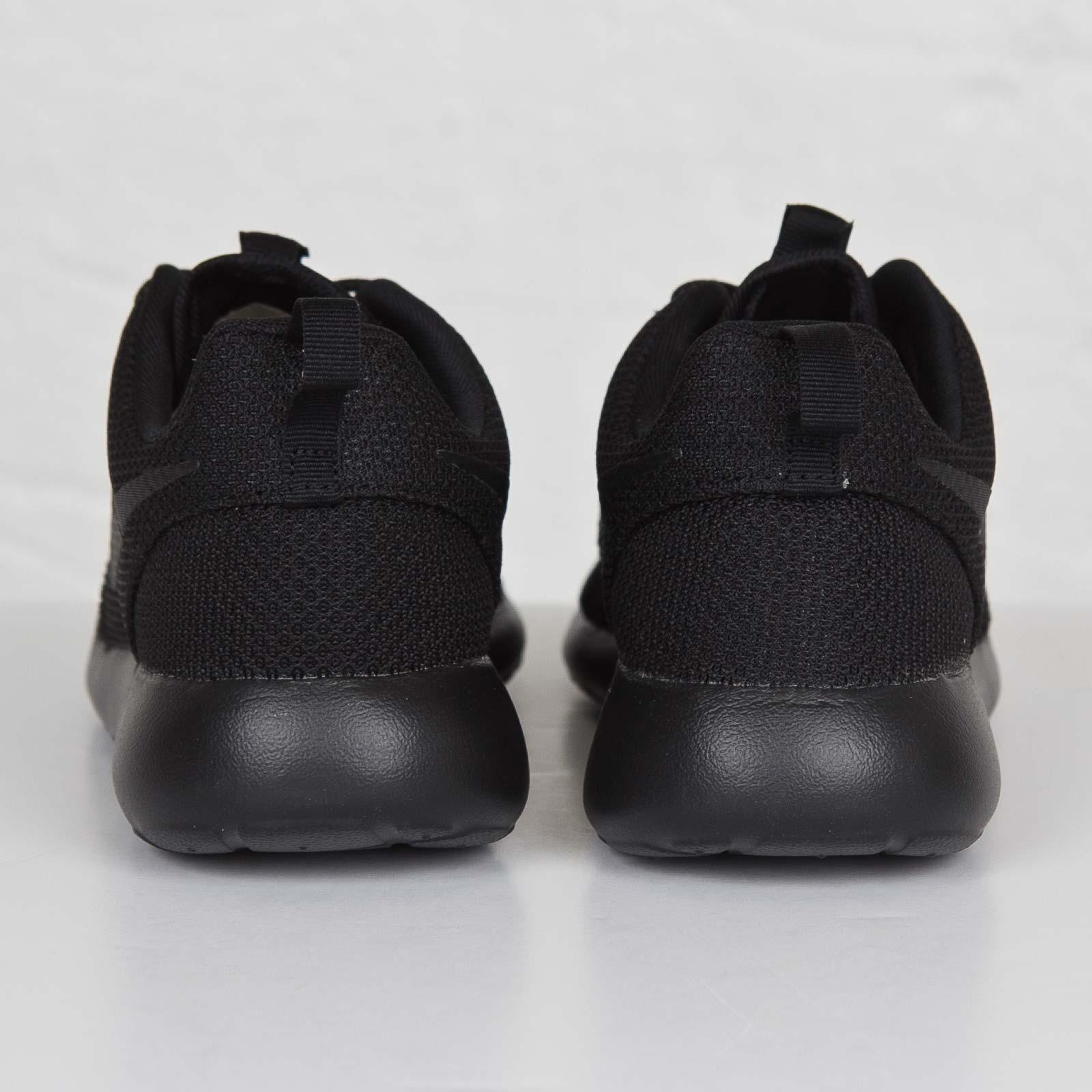 pretty nice 678ec a723e ... Nike Roshe One ...