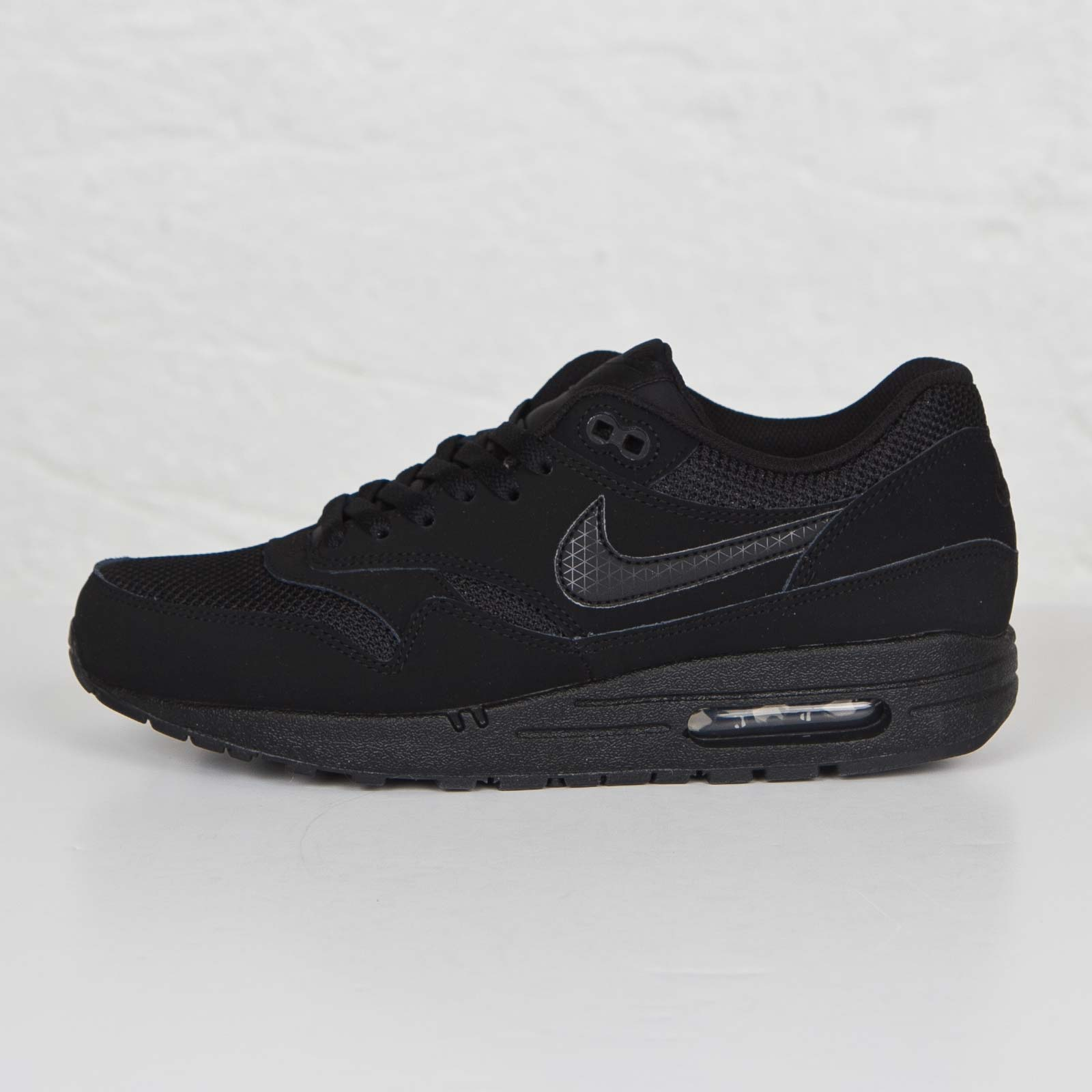 100% authentic 0e34b 81459 ... Nike Air Max 1 Essential ...