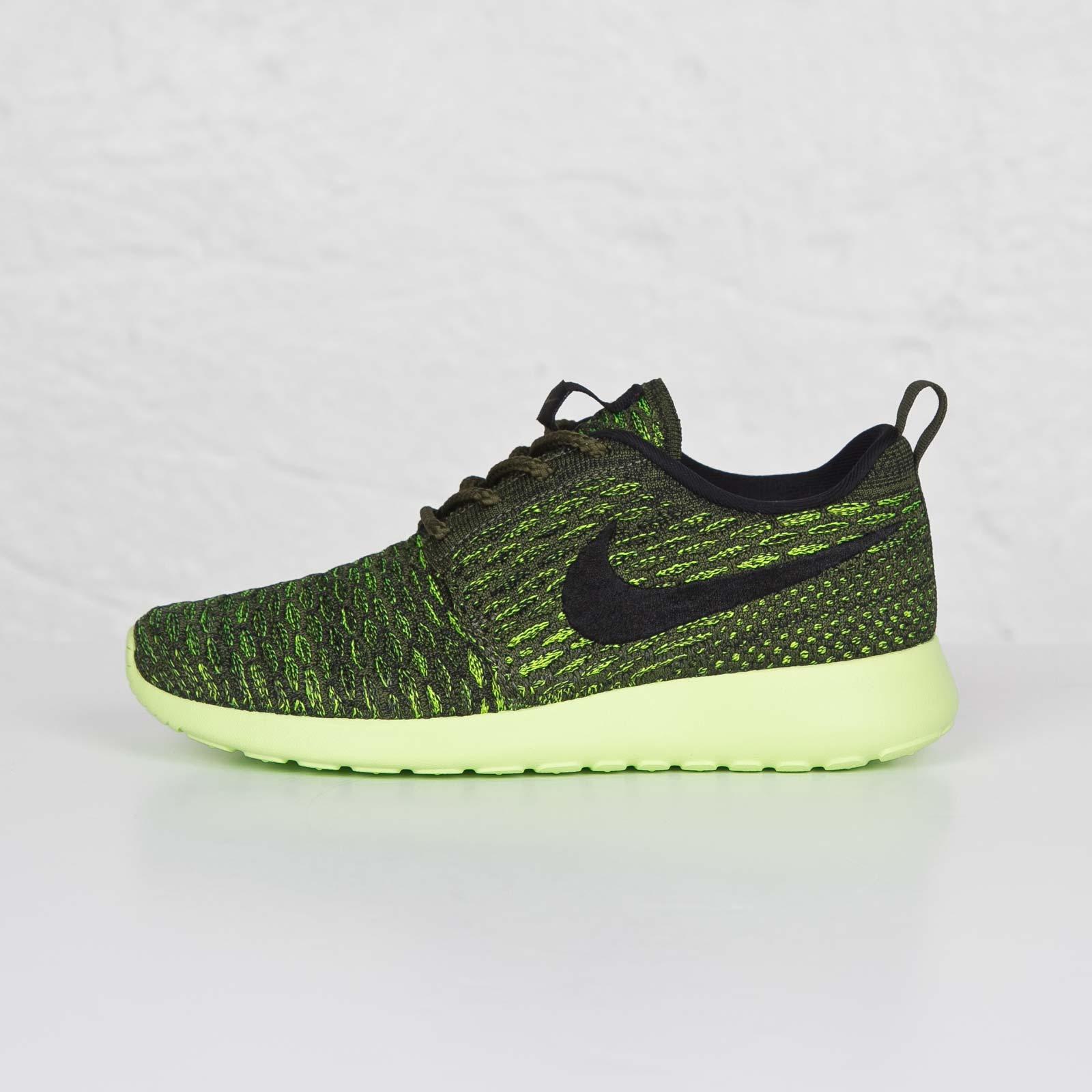 half off 07664 4a0bd Nike Wmns Roshe One Flyknit - 704927-301 - Sneakersnstuff   sneakers   streetwear  online since 1999