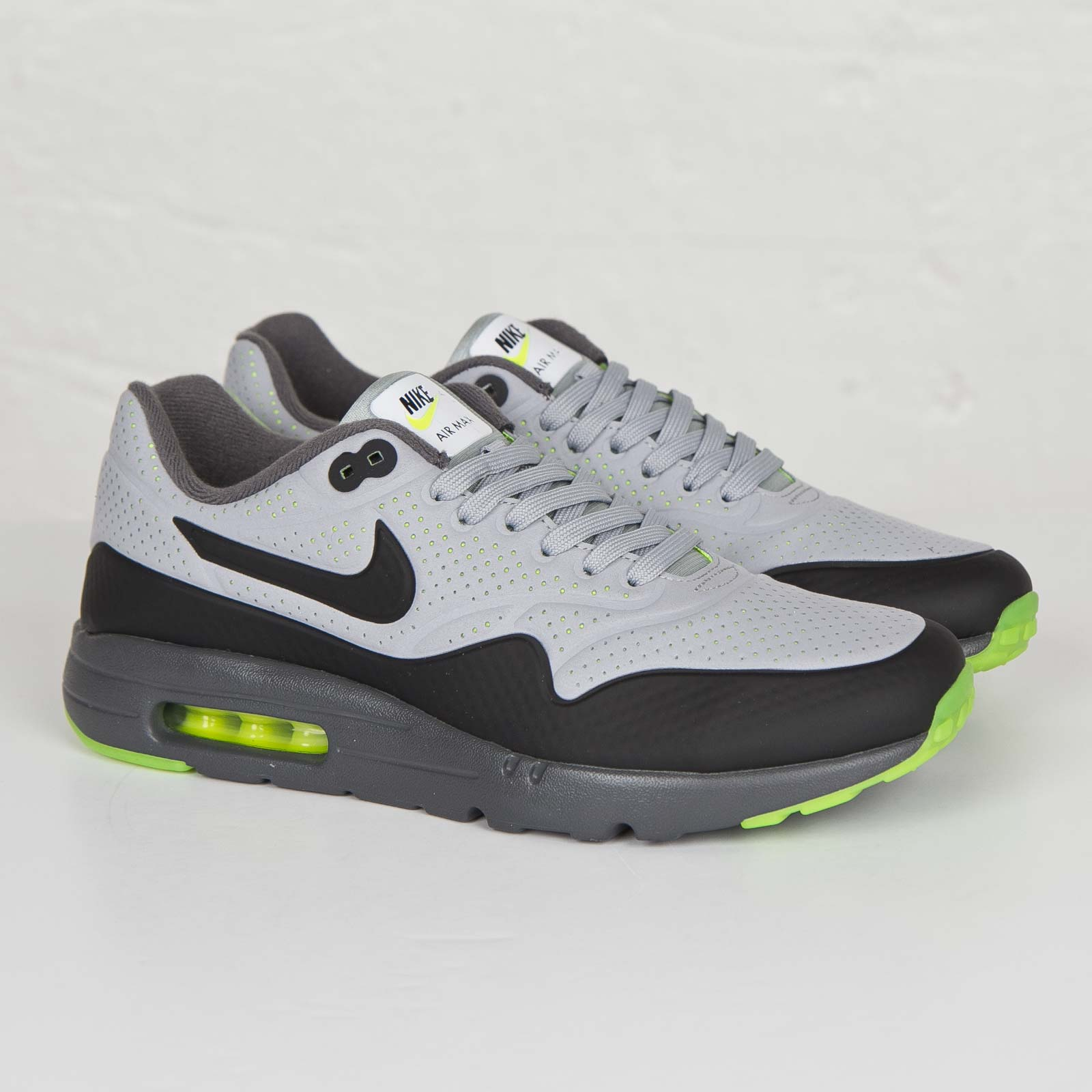 5f50a382748a Nike Air Max 1 Ultra Moire - 705297-007 - Sneakersnstuff