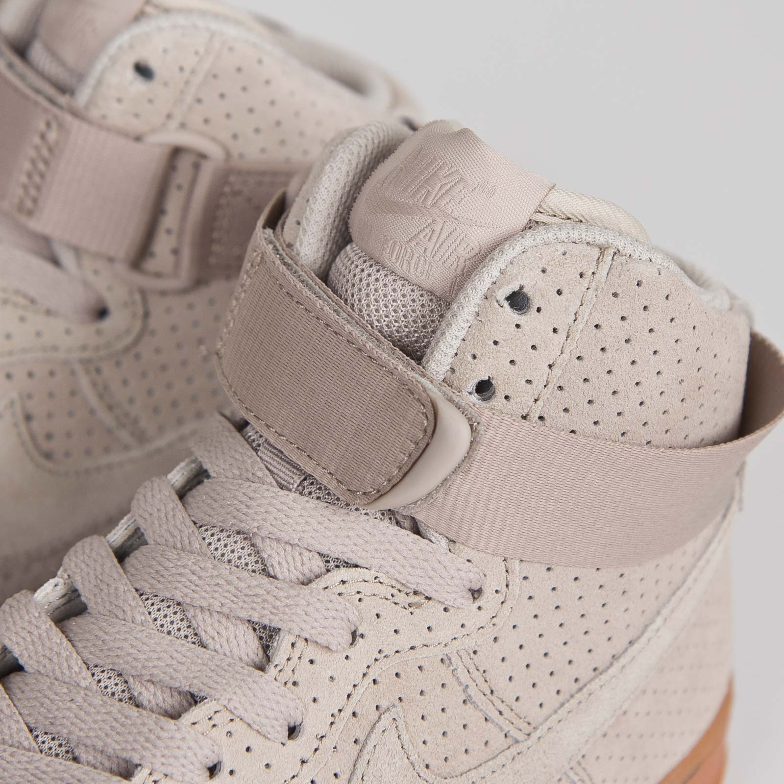 nike air force high damen beige