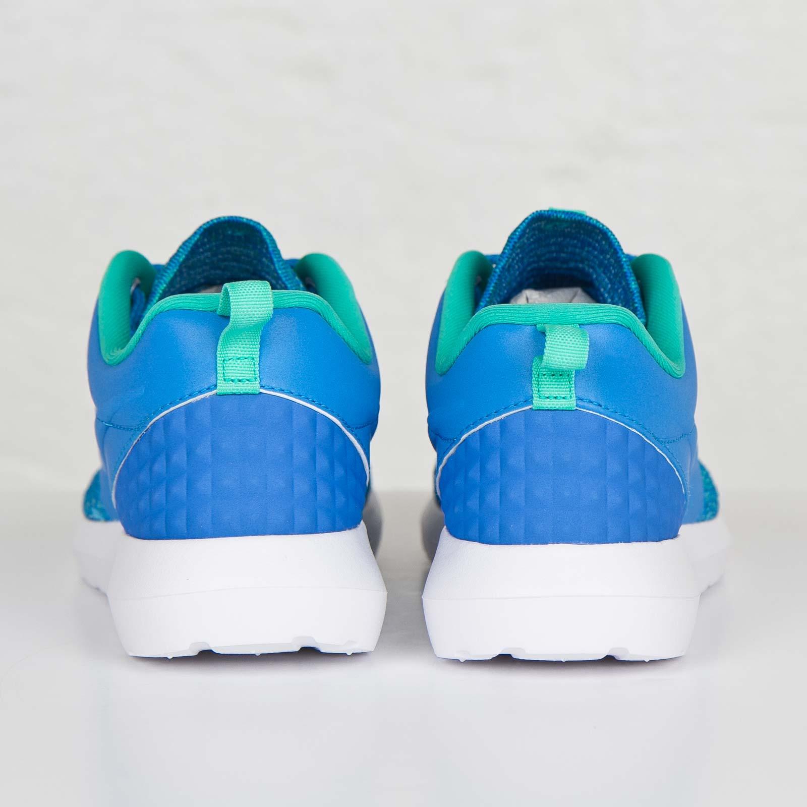 d75c5a8a7543 Nike Roshe NM Flyknit Premium - 746825-400 - Sneakersnstuff ...