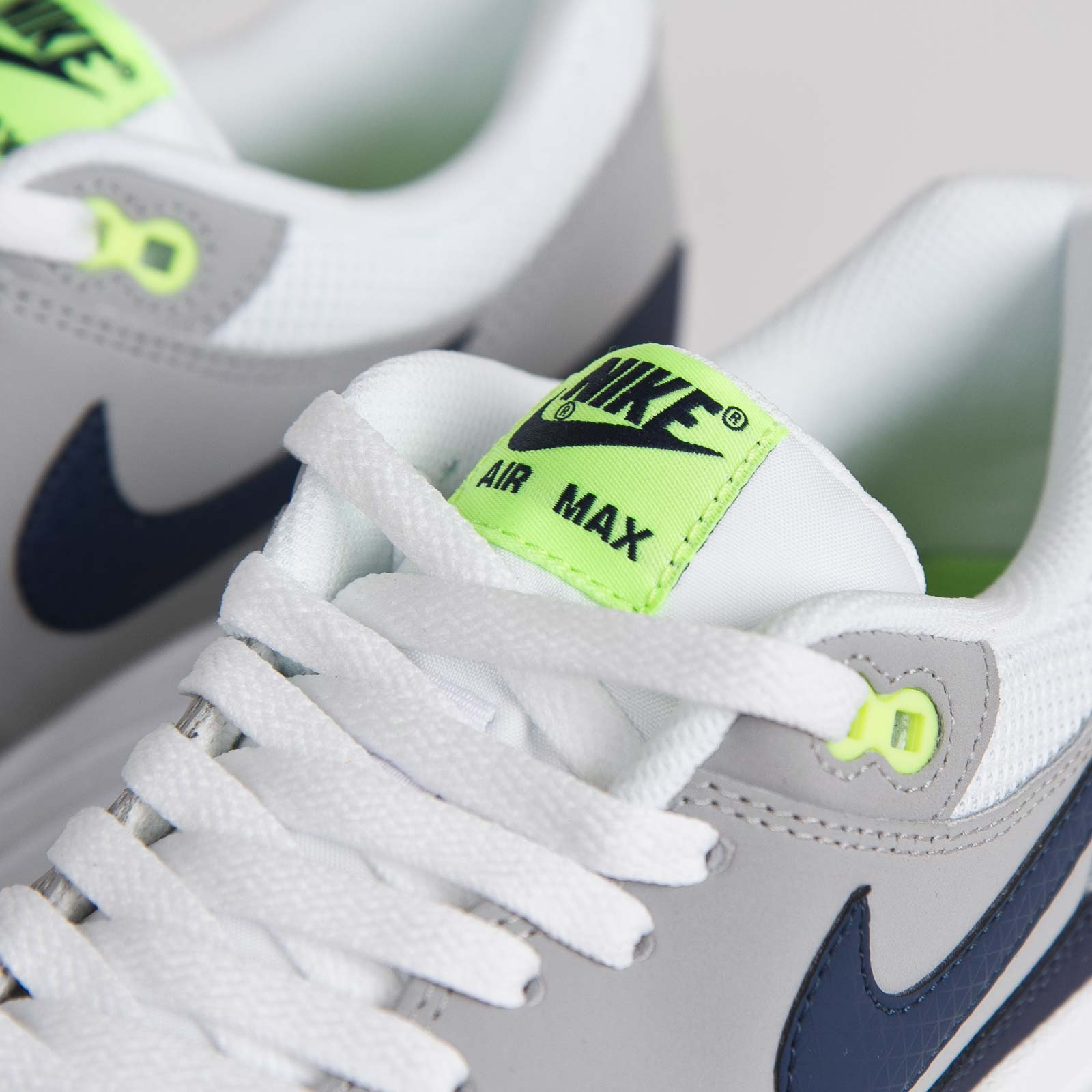 Nike Air Max 1 Essential White Midnight Navy Flat Silver