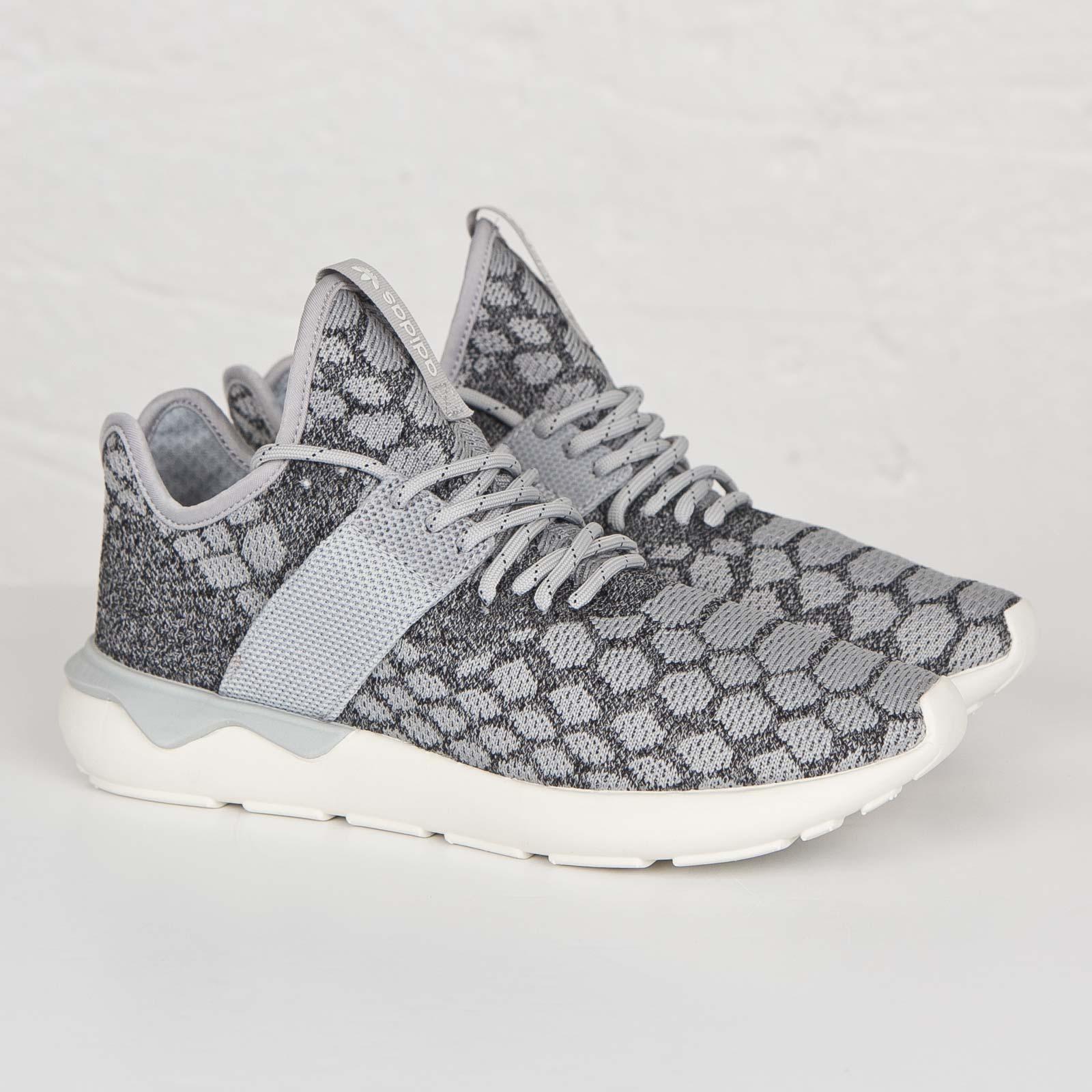 Corredor de tubular primeknit b25571 sneakersnstuff zapatillas adidas