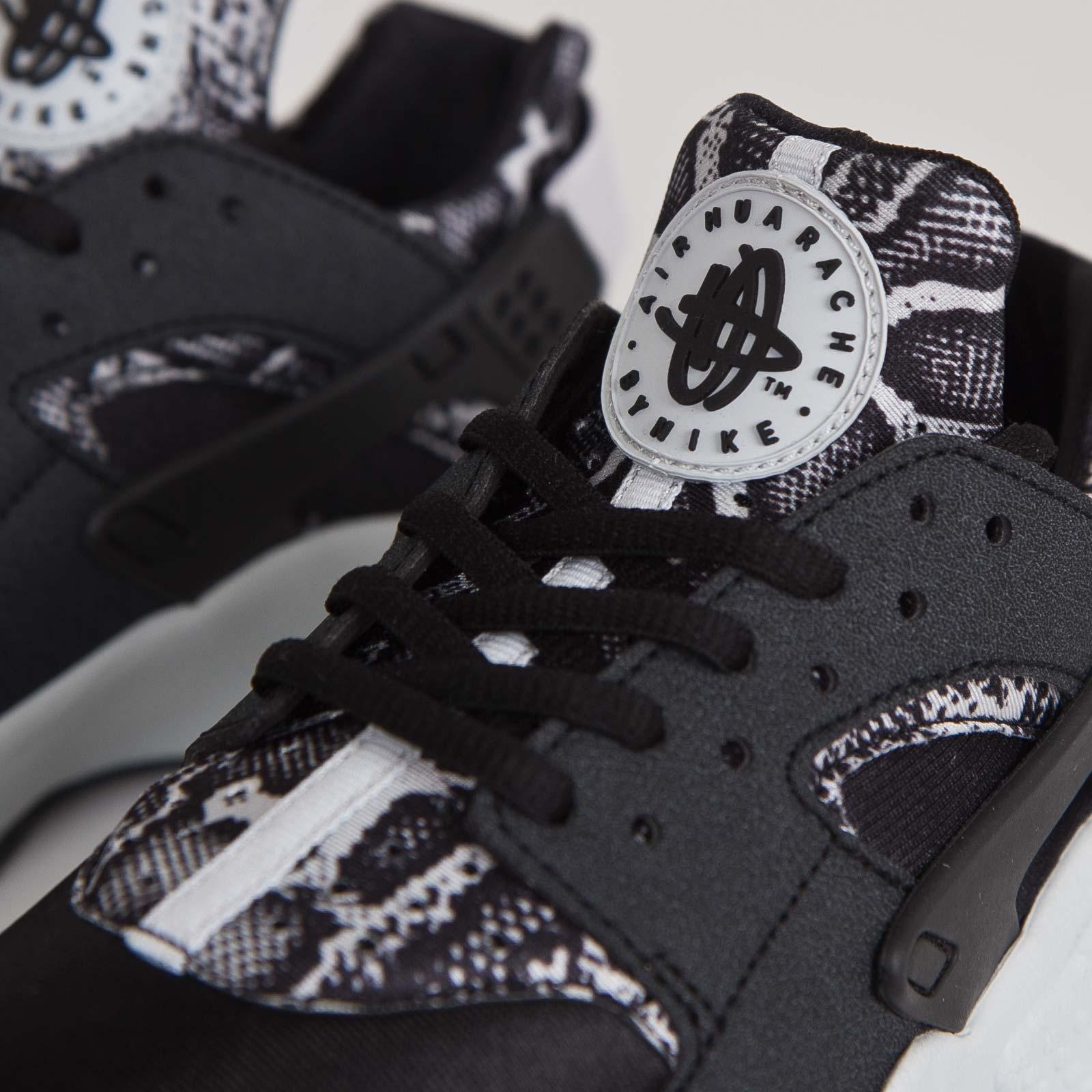 b35a6b21e21e Nike Wmns Air Huarache Run Print - 725076-002 - Sneakersnstuff ...