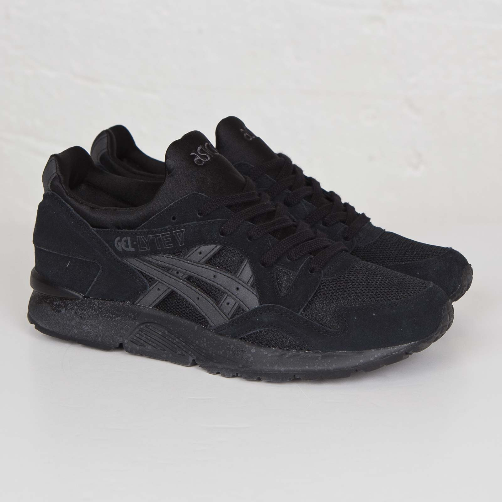 c226364132 ASICS Tiger Gel-Lyte V - H5r2n-9090 - Sneakersnstuff | sneakers ...
