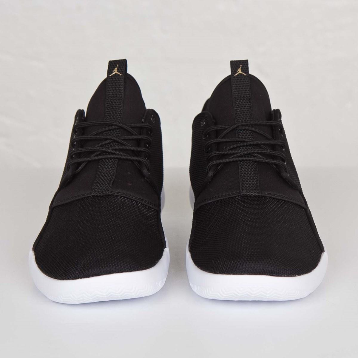online retailer ea7a8 c1473 ny jordan eclipse rød svart hvit joggesko herre salg  jordan brand jordan  eclipse 724010 014 sneakersnstuff sneakers streetwear online since 1999