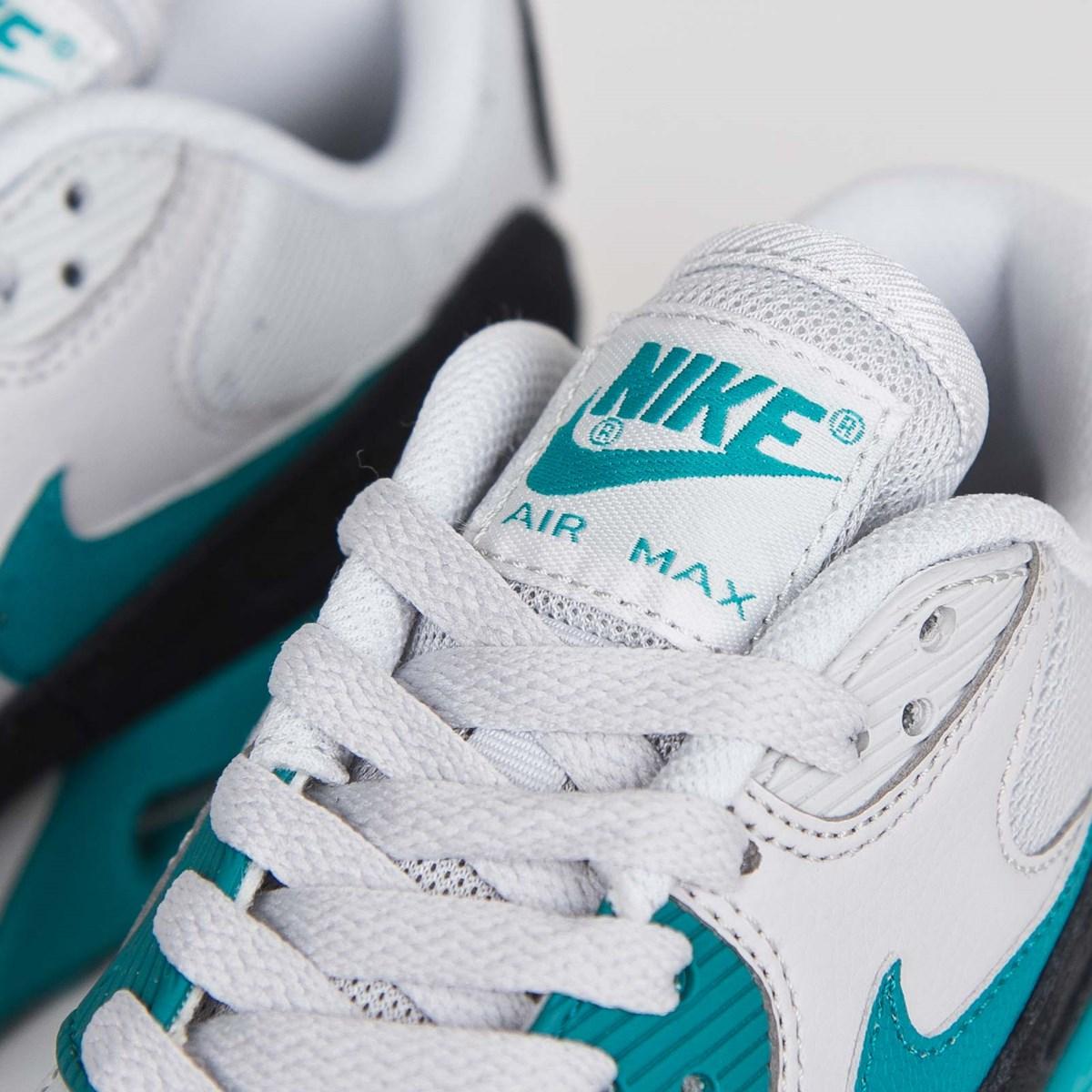 31ab3a847e8b Nike Wmns Air Max 90 Essential - 616730-017 - Sneakersnstuff ...