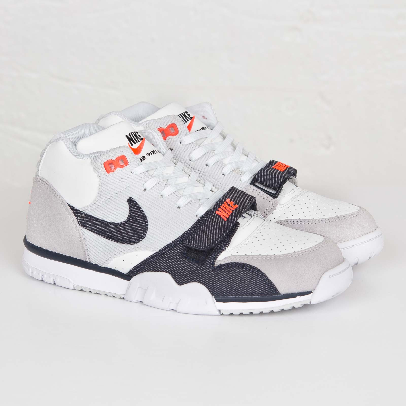 new style c91c0 32583 premium selection bdbcc 62837 Z2179 - Fragment Design x NikeCourt Air  Trainer 1 Mitt