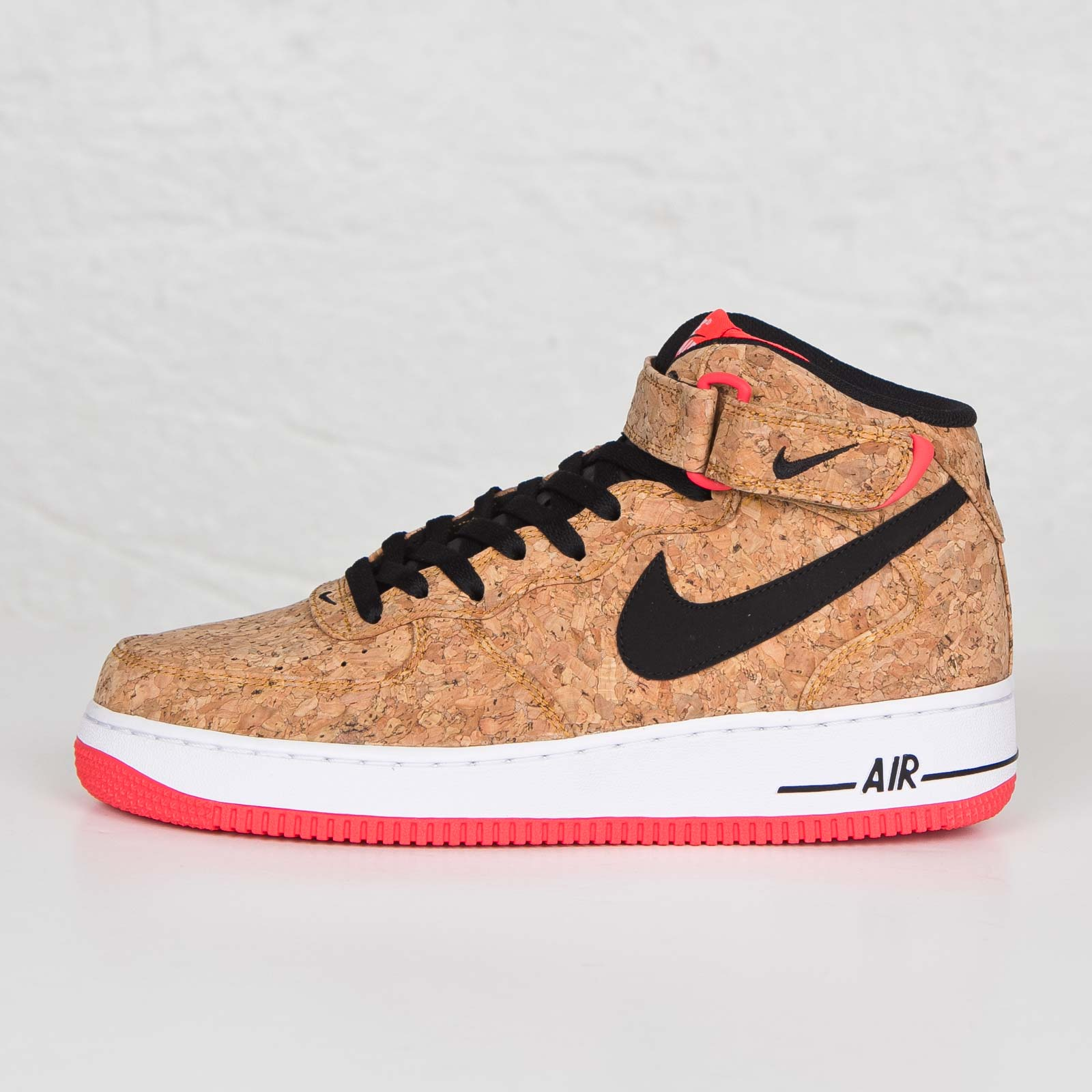 the best attitude af321 094d8 ... Nike Air Force 1 Mid 07 Cork ...