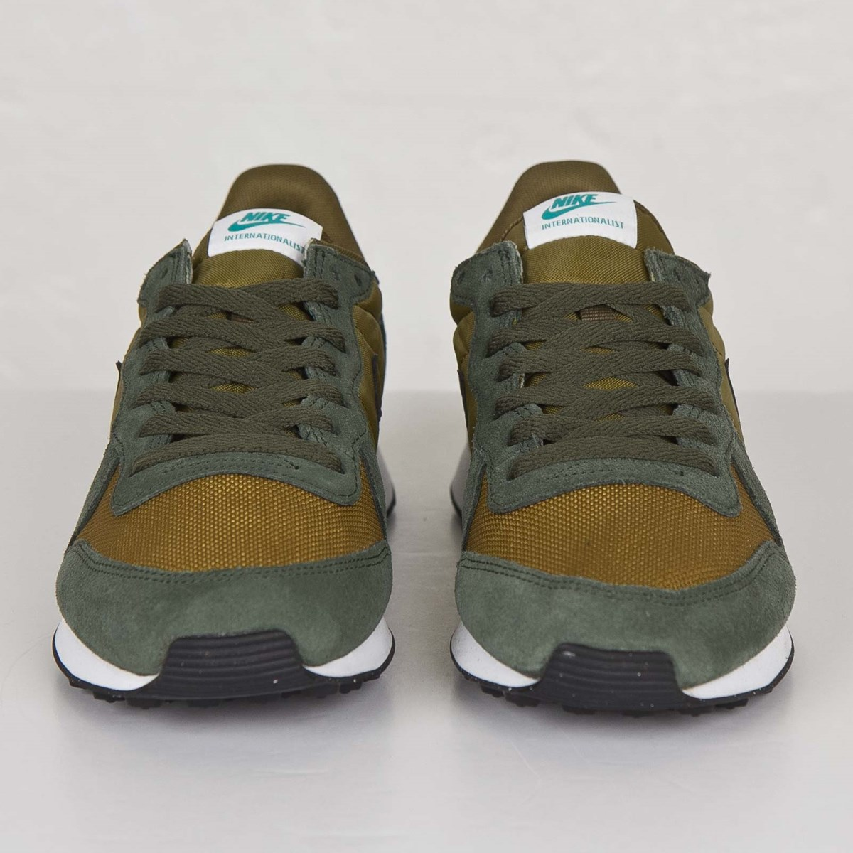 new style 00798 9ec70 Nike Internationalist - 631754-302 - Sneakersnstuff   sneakers   streetwear  online since 1999