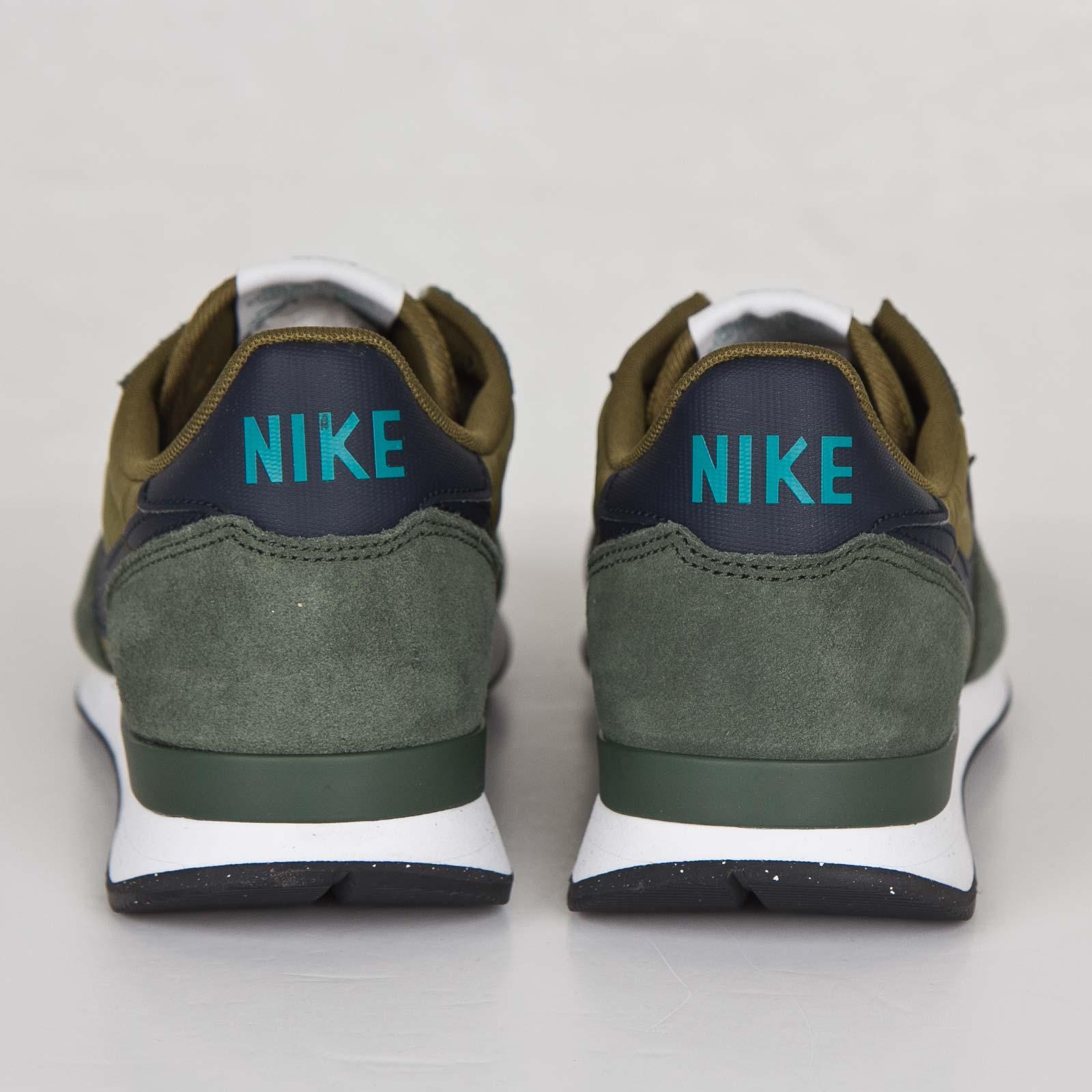 new style ac2a1 c49d7 Nike Internationalist - 631754-302 - Sneakersnstuff   sneakers   streetwear  online since 1999
