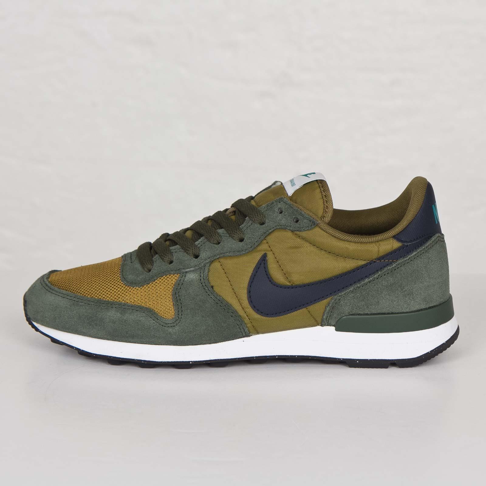 Nike Internationalist (Military Green Dark Obsidian