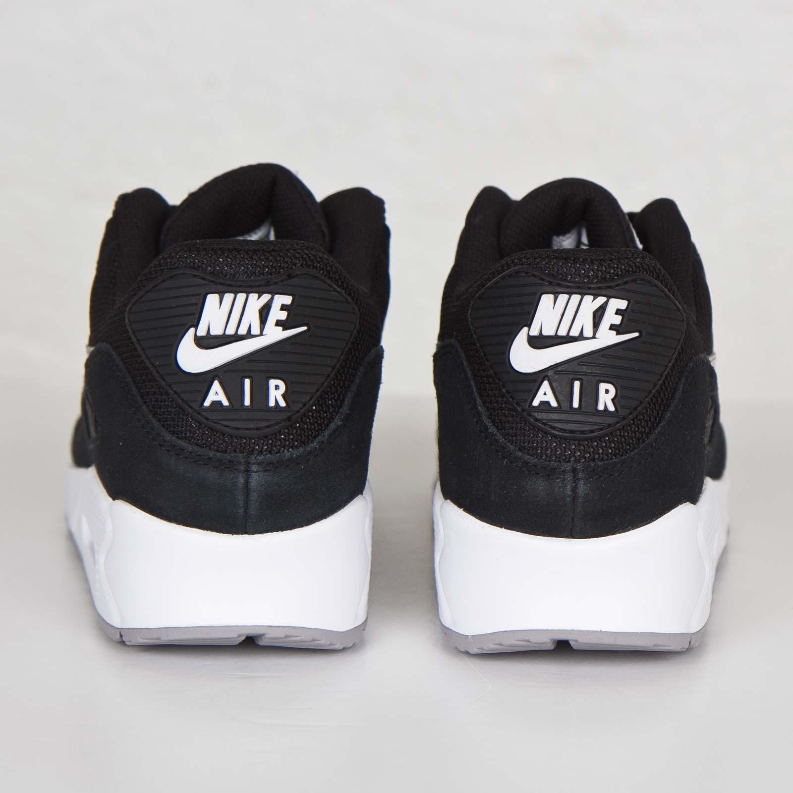 Nike Air Max 90 Essential 537384 047 Sneakersnstuff