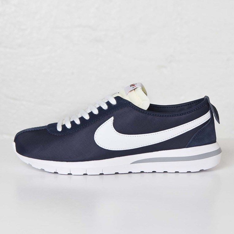 new styles 234f9 6ef99 Nike Roshe Cortez SP / Fragment - 806964-410 - Sneakersnstuff I ...