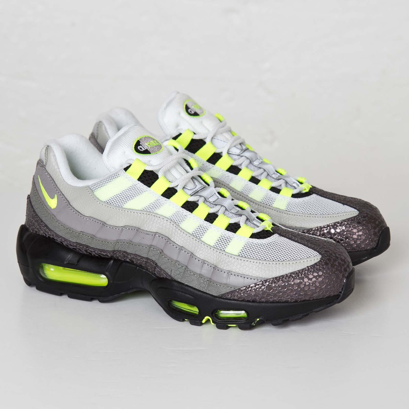 quality design d48f5 4106d Nike Air Max 95 OG Premium
