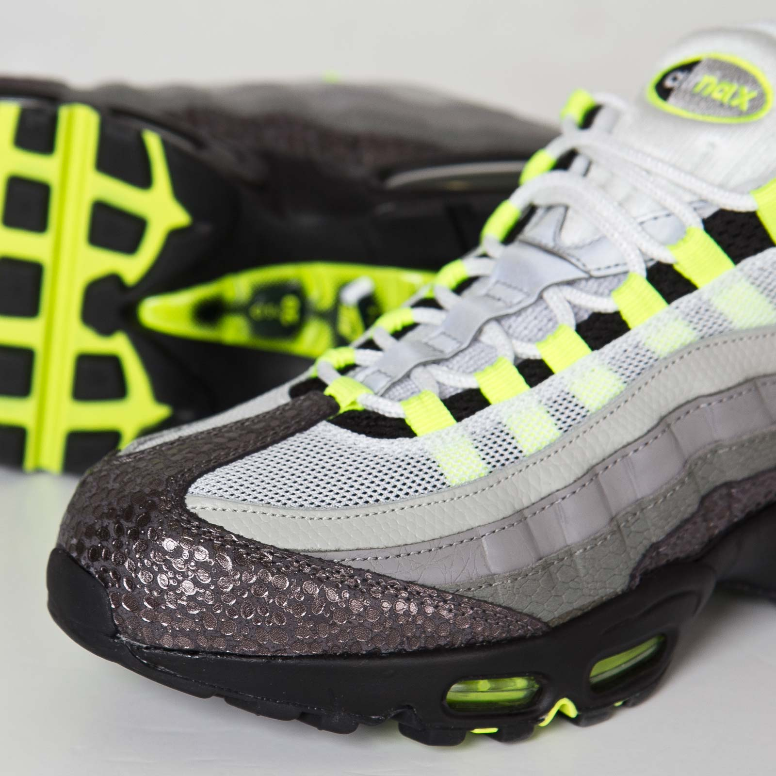 sale retailer f06db 8f2db 71609 d04ea switzerland nike air max 95 neon yellow og 137bb a8ec5