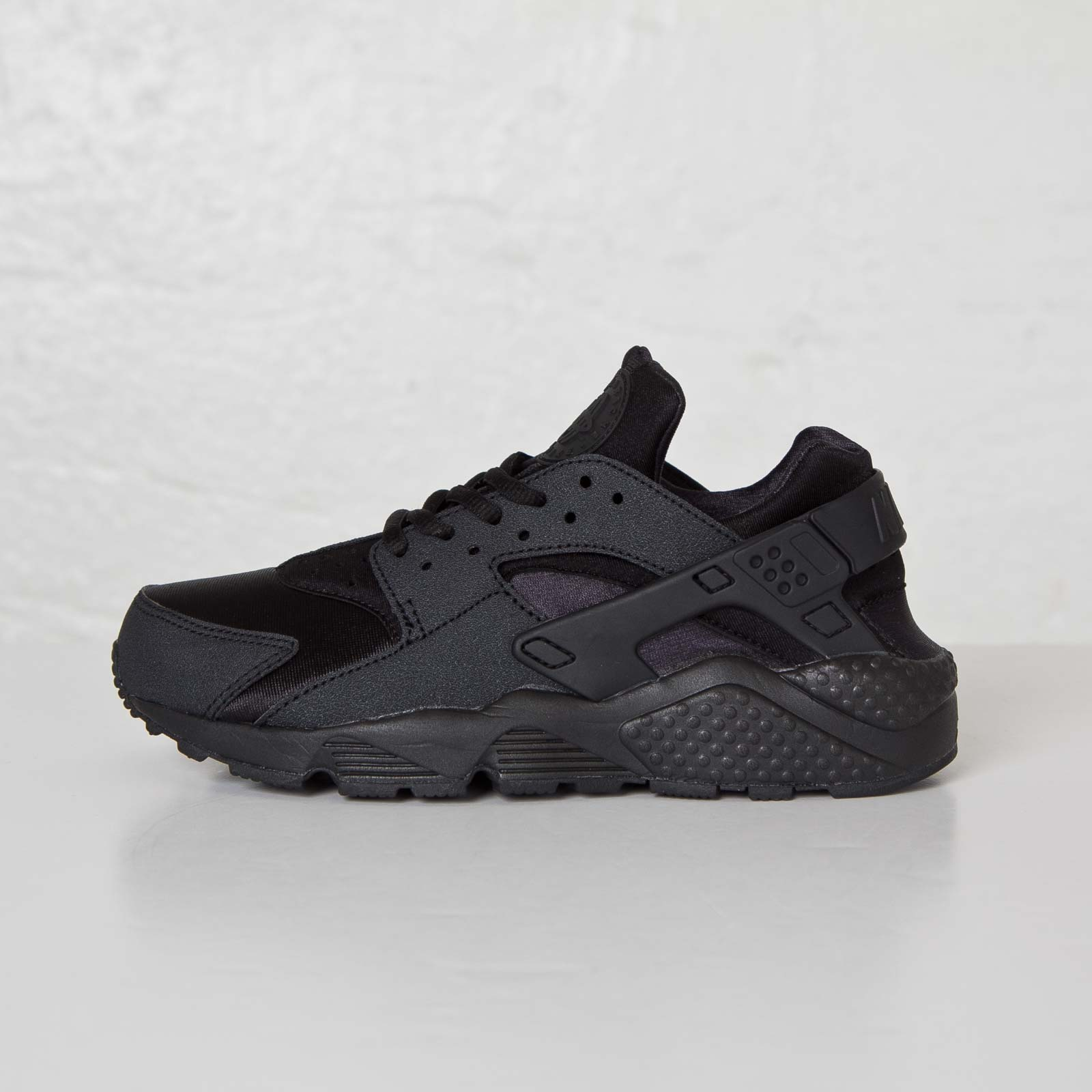 promo code ed96e 49f83 Nike Wmns Air Huarache Run - 634835-009 - Sneakersnstuff   sneakers    streetwear online since 1999