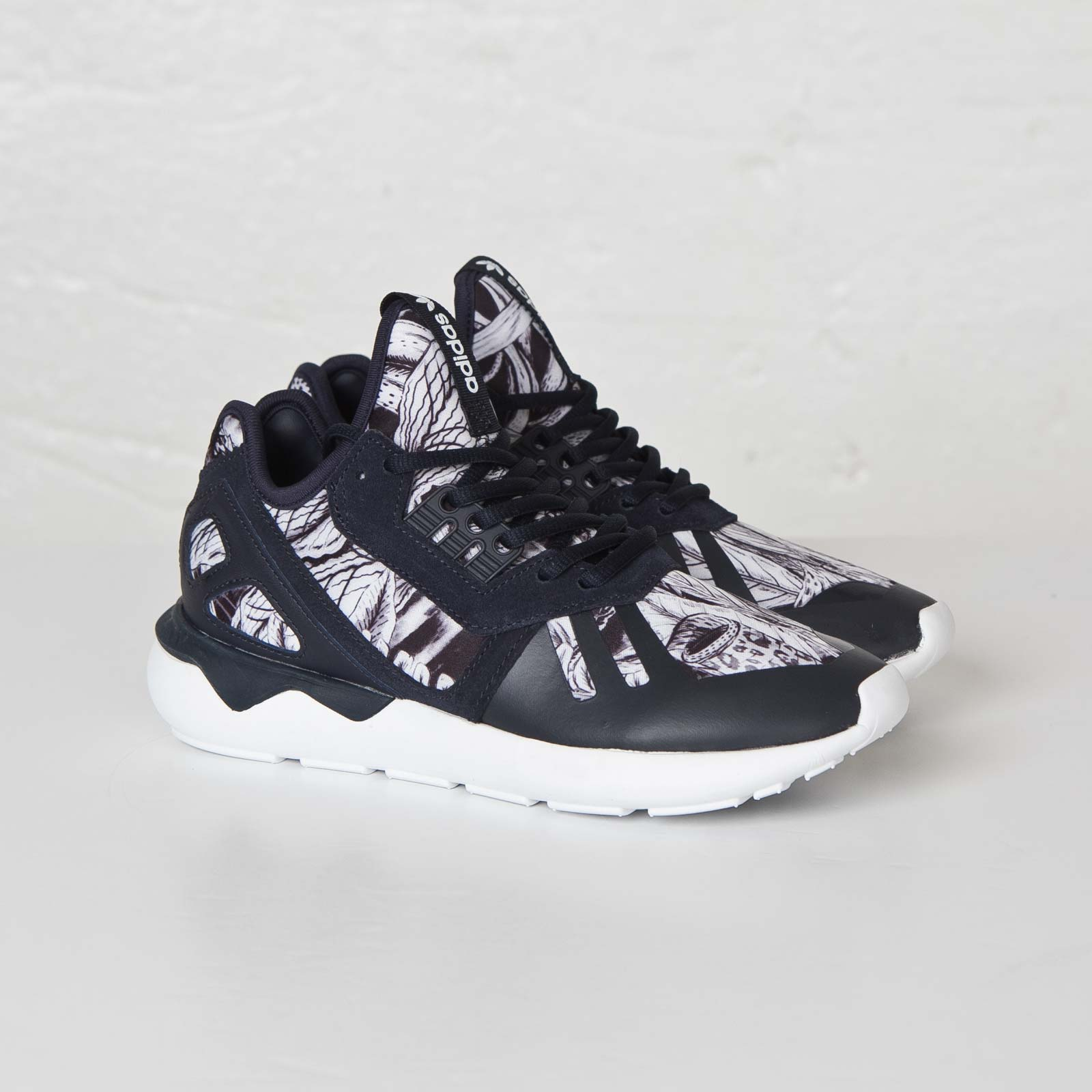 sports shoes 3e810 b6e17 adidas Tubular Runner W