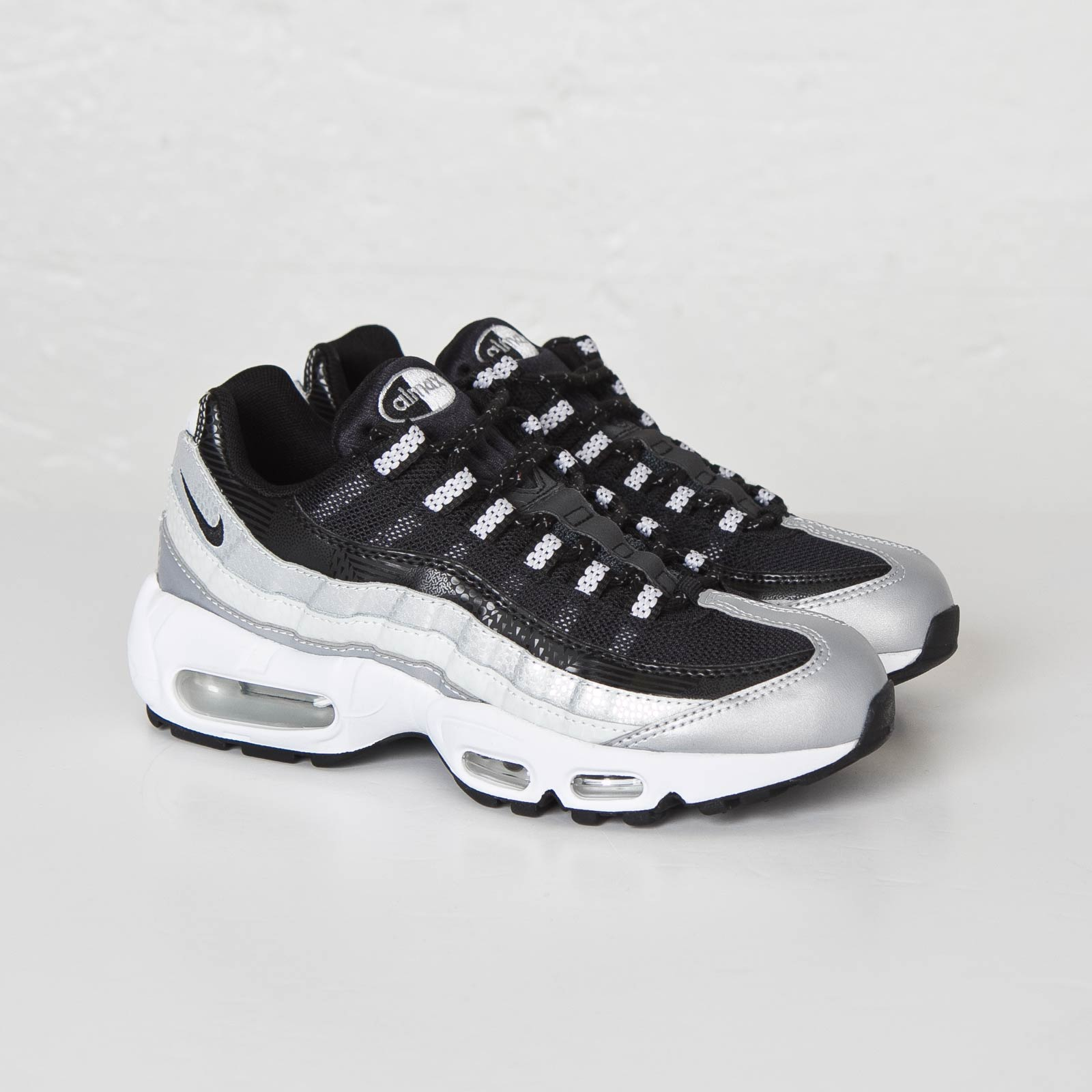 best sneakers 0a6eb ef6b0 Nike Wmns Air Max 95 QS